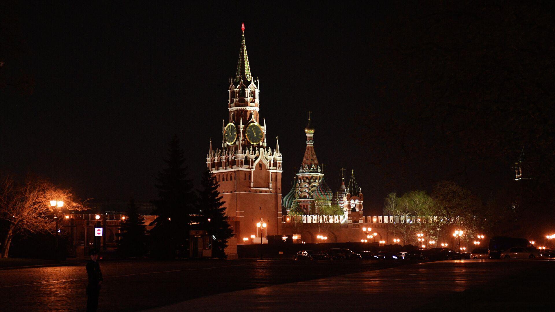 Moskauer Kreml in der Nacht (Archivbild) - SNA, 1920, 07.04.2021