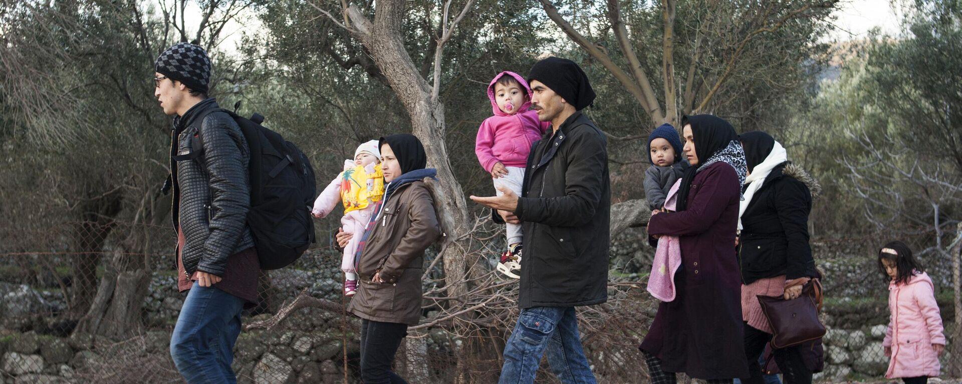 Flüchtlinge aus dem Nahen Osten auf der griechischen Insel Lesbos (Archivbild) - SNA, 1920, 22.12.2020