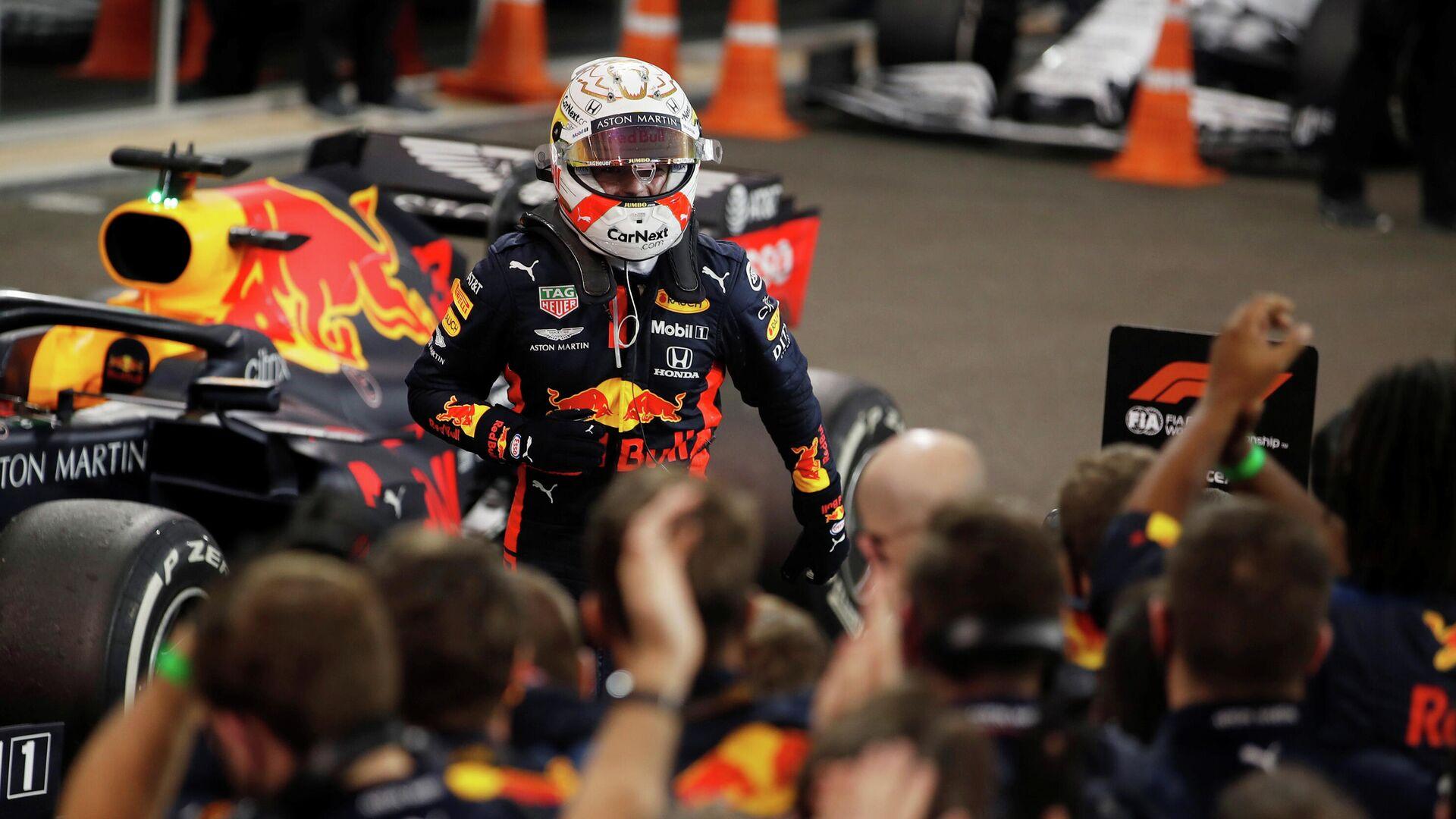Max Verstappen feiert Sieg beim Abu Dhabi Grand Prix, VAE, der 13. Dezember 2020  - SNA, 1920, 07.01.2021