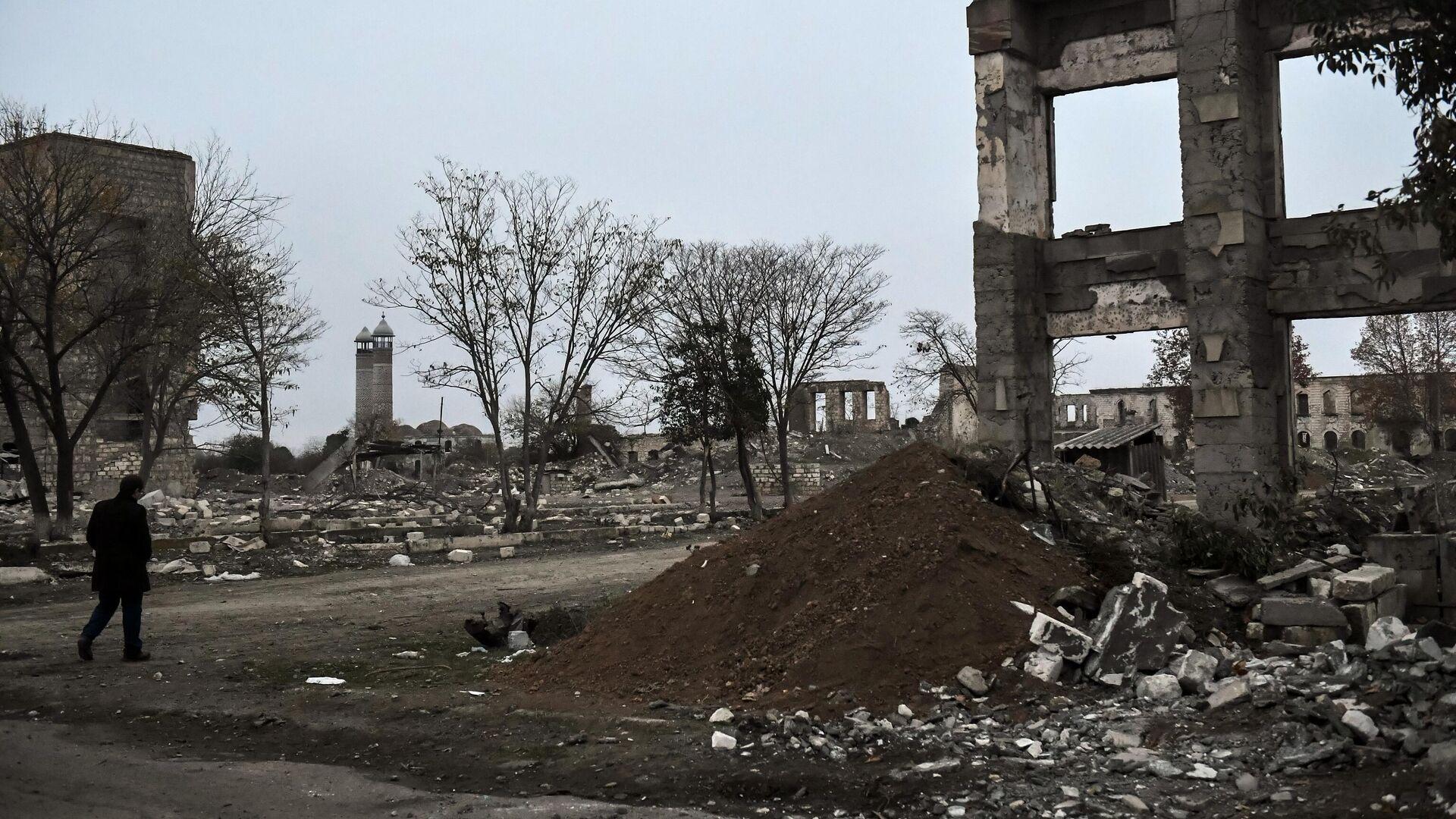 Die Stadt Ağdam in Bergkarabach, die seit der Waffenruhe unter aserbaidschanischer Kontrolle steht. - SNA, 1920, 16.12.2020