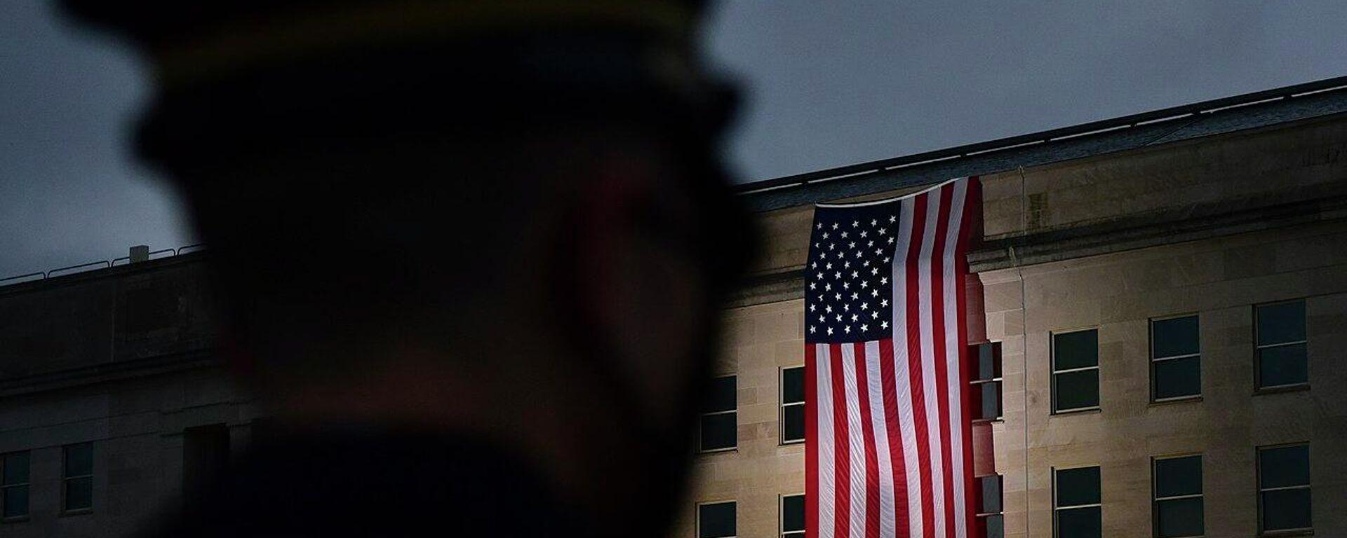 Ehrenwache der US-Armee vor dem Pentagon in Washington (Archivbild) - SNA, 1920, 26.02.2021