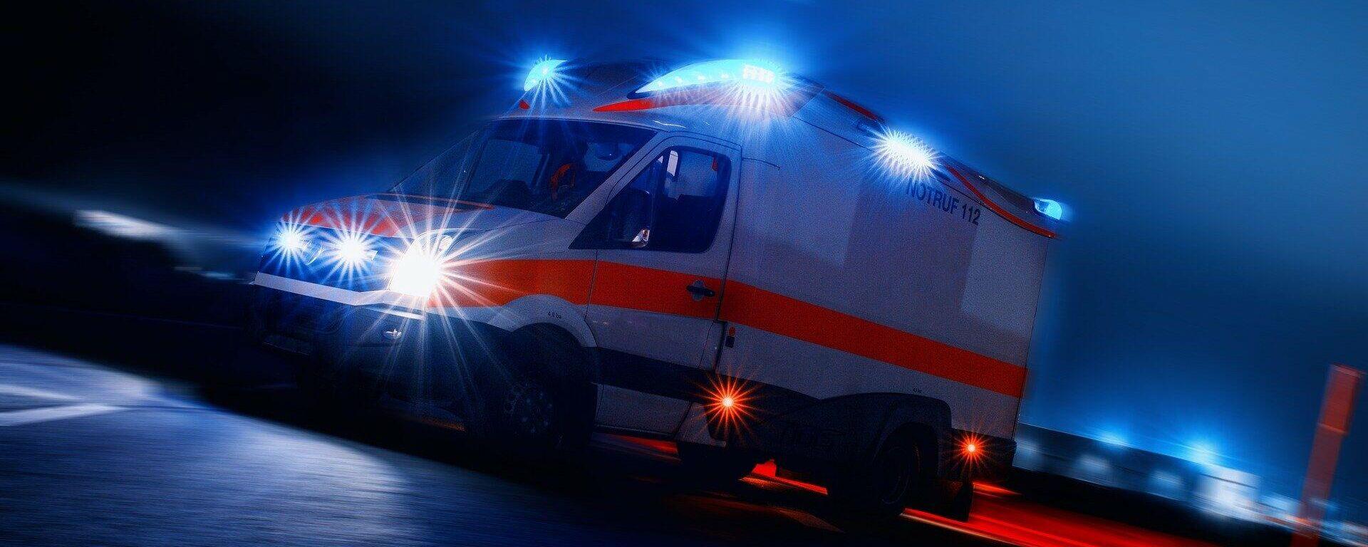 Krankenwagen (symbolbild) - SNA, 1920, 08.07.2021