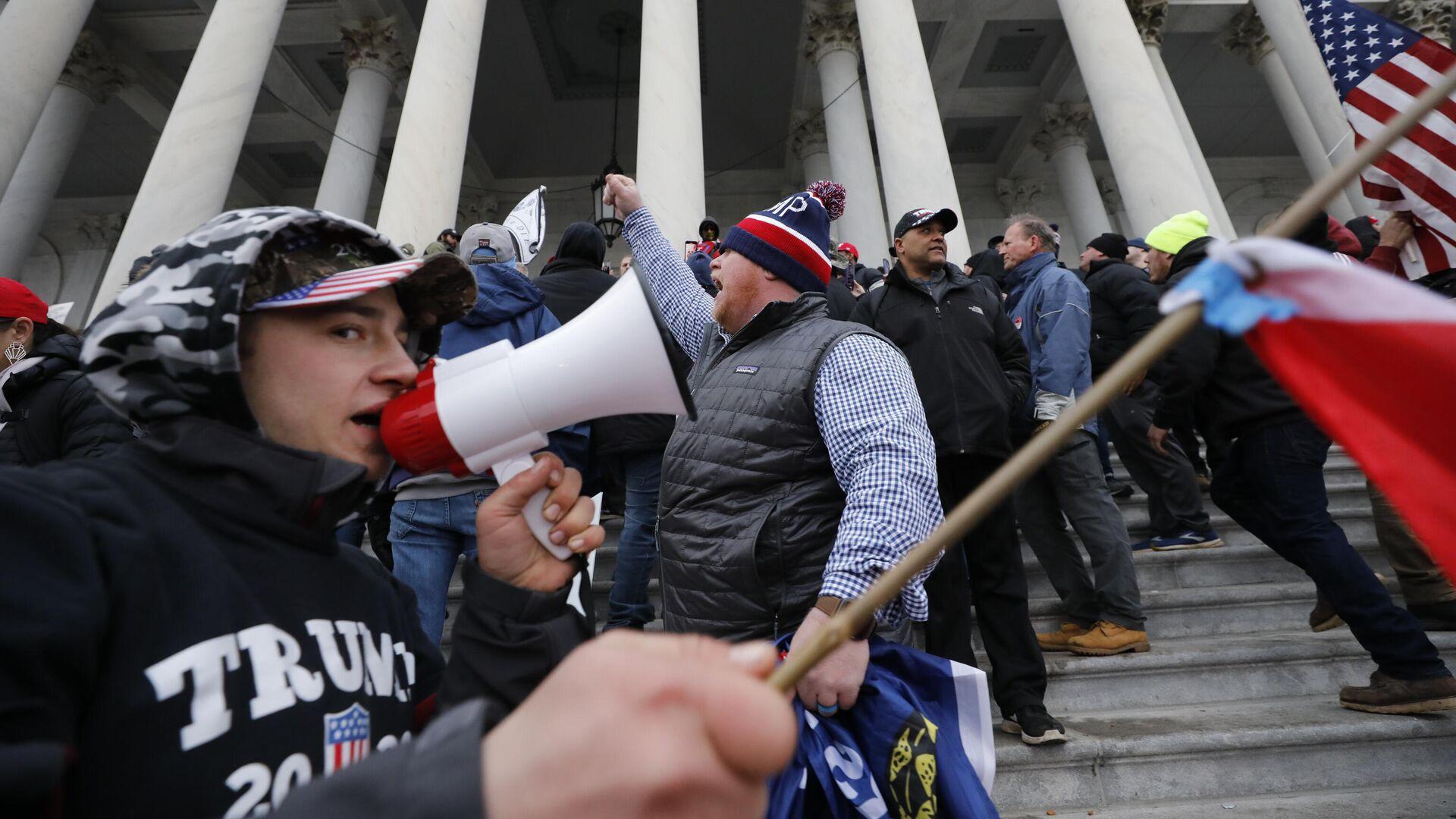 Protestaktion von Anhängern Donald Trumps auf dem Kapitol in Washington  - SNA, 1920, 08.01.2021