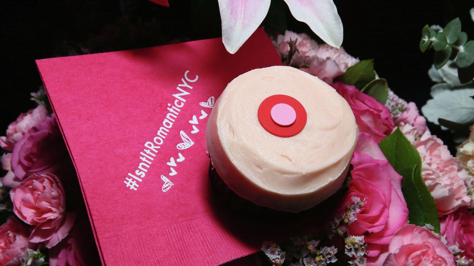 Cupcakes während eines VIP-Screenings Ist es nicht romantisch in New York City serviert. Symbolbild  - SNA, 1920, 19.01.2021