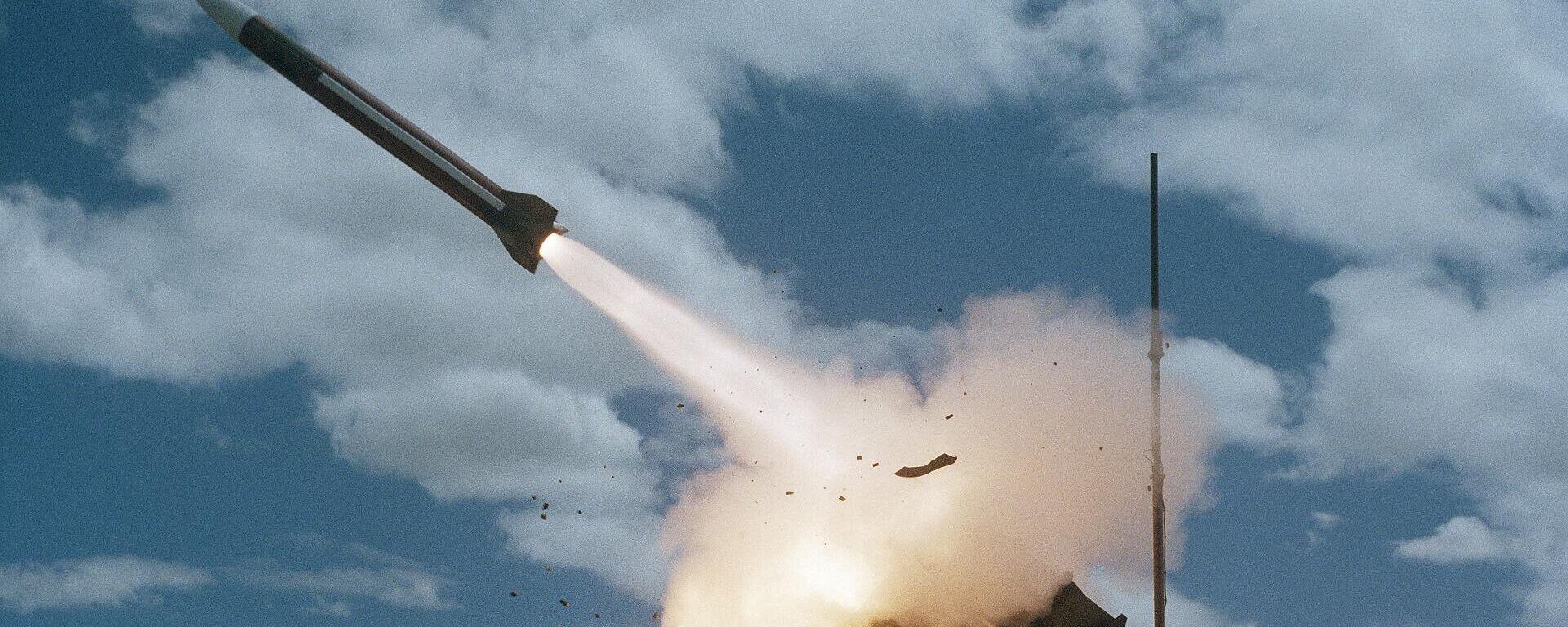 Rakete (symbolbild) - SNA, 1920, 03.07.2021