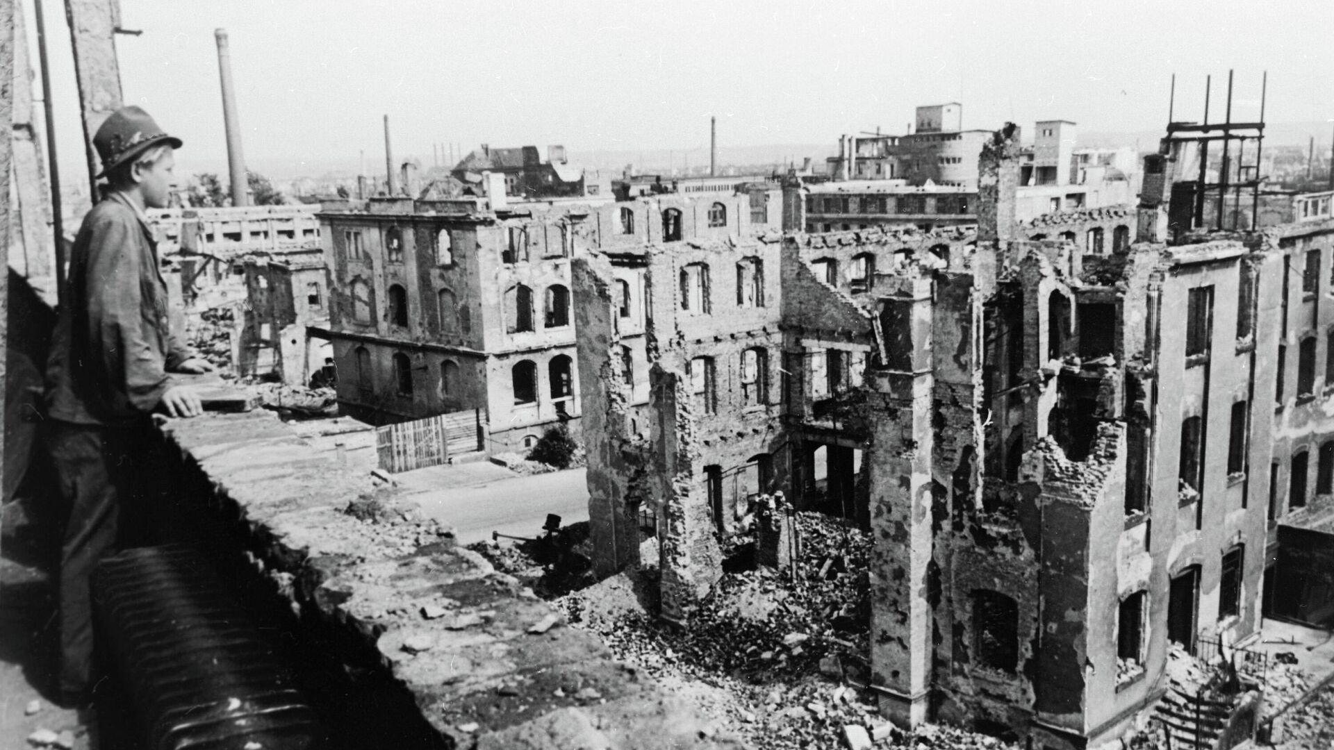 Dresden nach Kriegsende  - SNA, 1920, 13.02.2021