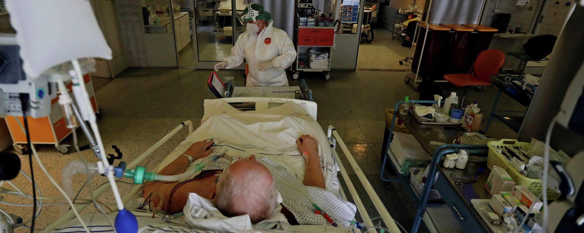 Corona-Patient in einem Krankenhaus im tschechischen Náchod - SNA, 1920, 28.02.2021