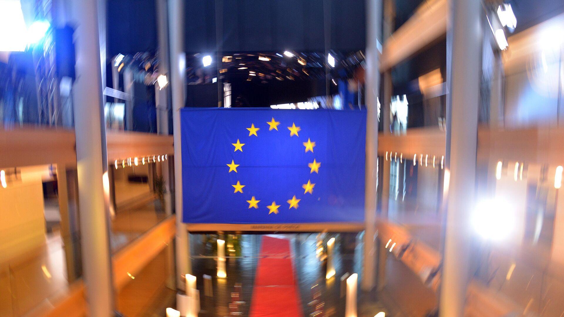 EU-Flagge im Europaparlament in Straßburg - SNA, 1920, 23.09.2021