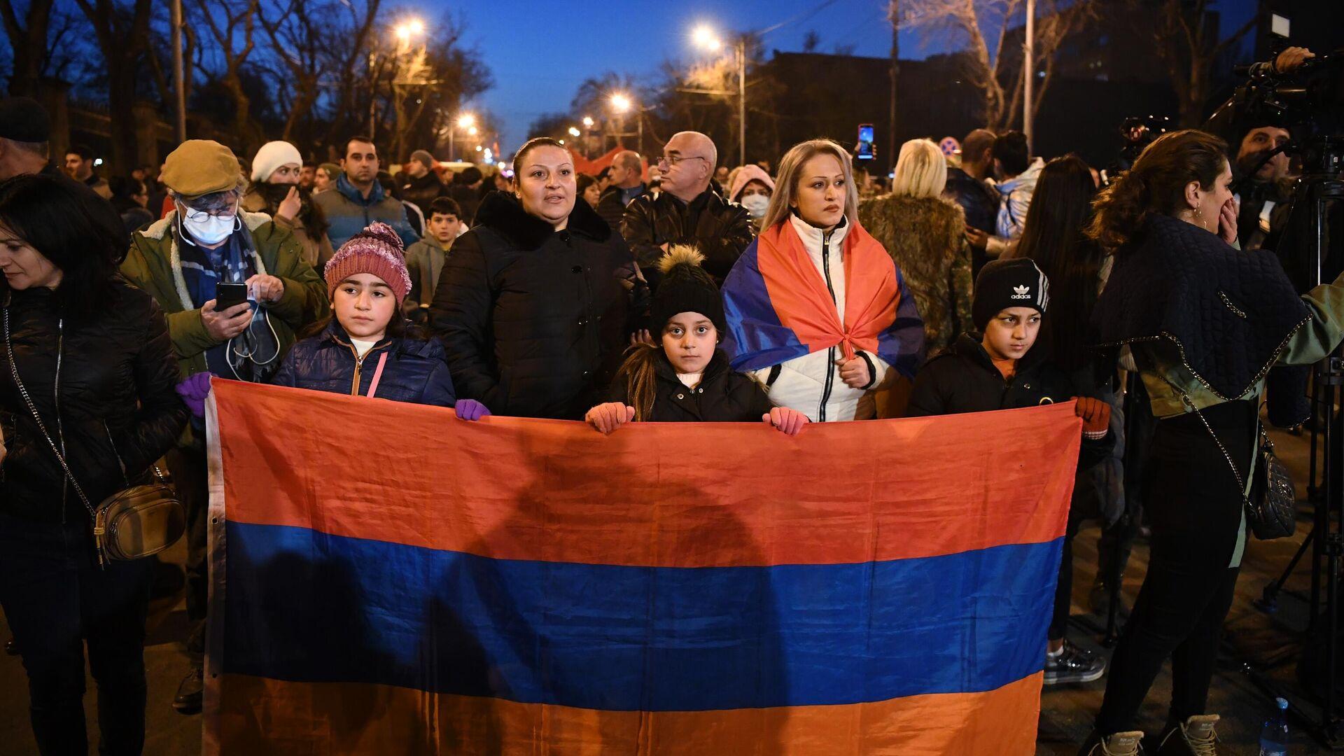 Protest in Jerewan gegen Armeniens Regierungschef Nikol Paschinjan (Archivfoto) - SNA, 1920, 08.03.2021