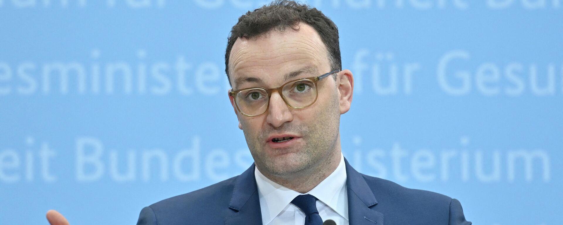 AstraZeneca-Impfstoff in Deutschland ausgesetzt: Gesundheitsminister Jens Spahn weist bei einem Briefing auf sieben Thrombosefälle hin. Berlin, 15. März 2021 - SNA, 1920, 15.03.2021