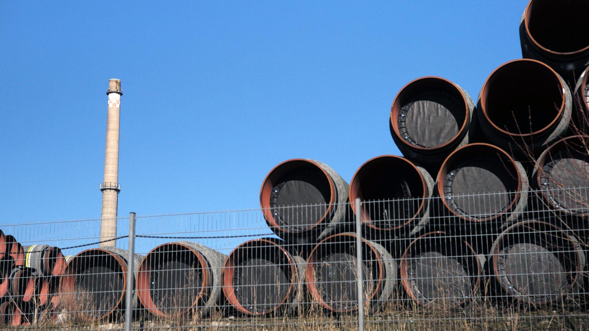 Rohrlager auf der Baustelle der Gaspipeline Nord Stream 2 in Sassnitz - SNA, 1920, 21.07.2021