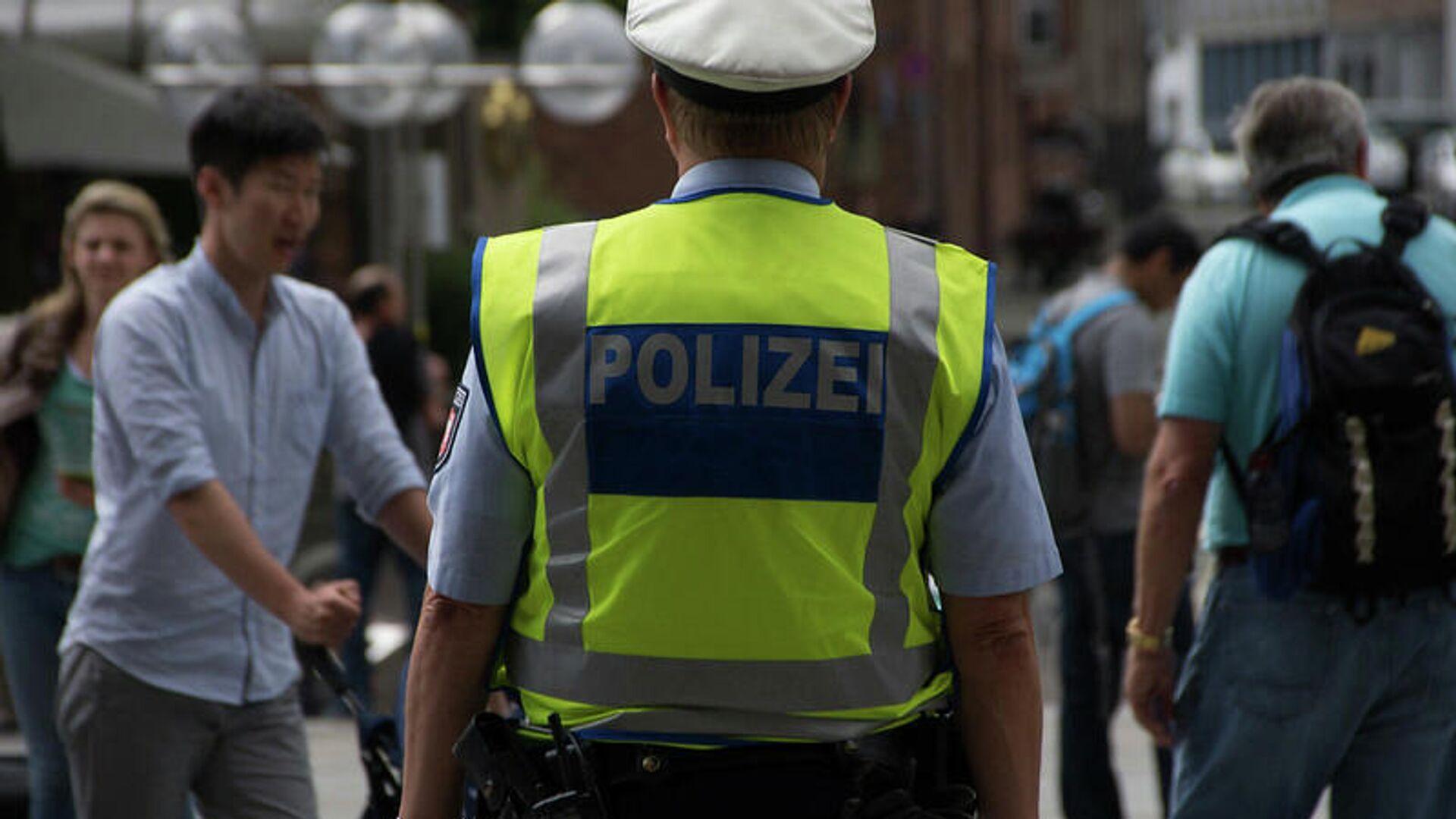 Polizei (Symbolbild) - SNA, 1920, 08.08.2021