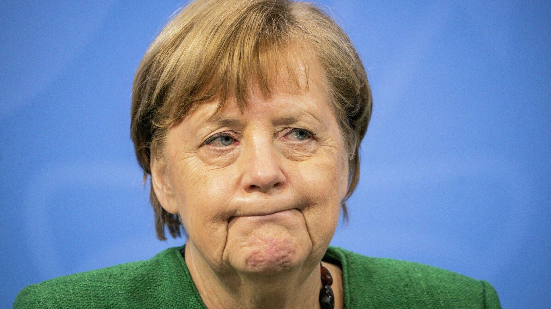 Bundeskanzlerin Angela Merkel spricht während einer Pressekonferenz im Berliner Bundeskanzleramt nach Gesprächen mit den Ministerpräsidenten über die Verlängerung deы derzeitigen Lockdowns, den 23. März 2021. - SNA, 1920, 23.03.2021