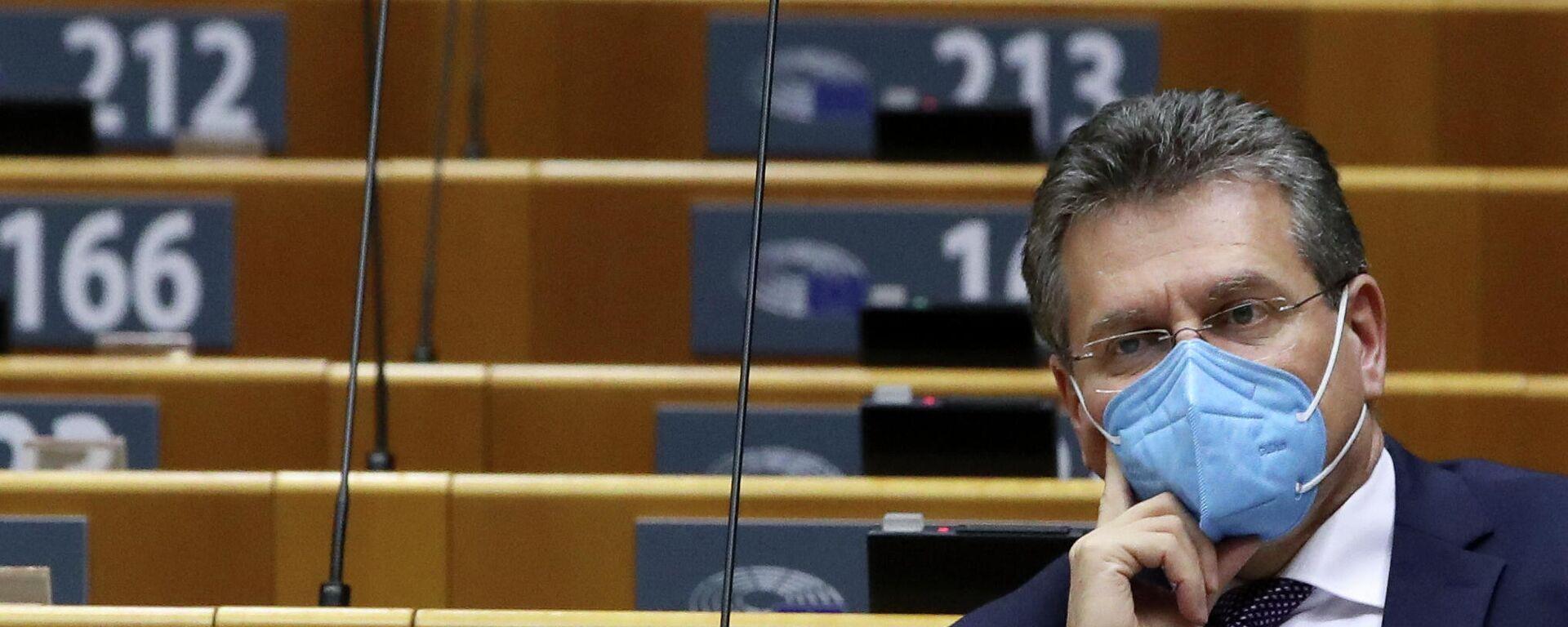 Der Vizepräsident der Europäischen Kommission, Maroš Šefčovič, in einer Sitzung des EU-Parlaments, den 25. März - SNA, 1920, 26.03.2021