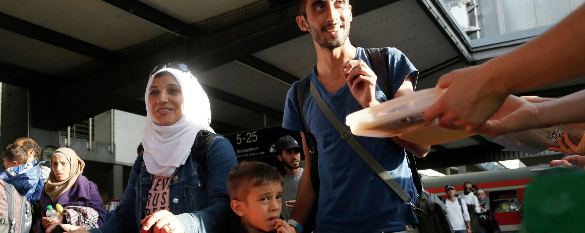 Ankunft der Nahost-Flüchtlinge im Bahnhof München (Archivbild) - SNA, 1920, 17.08.2021