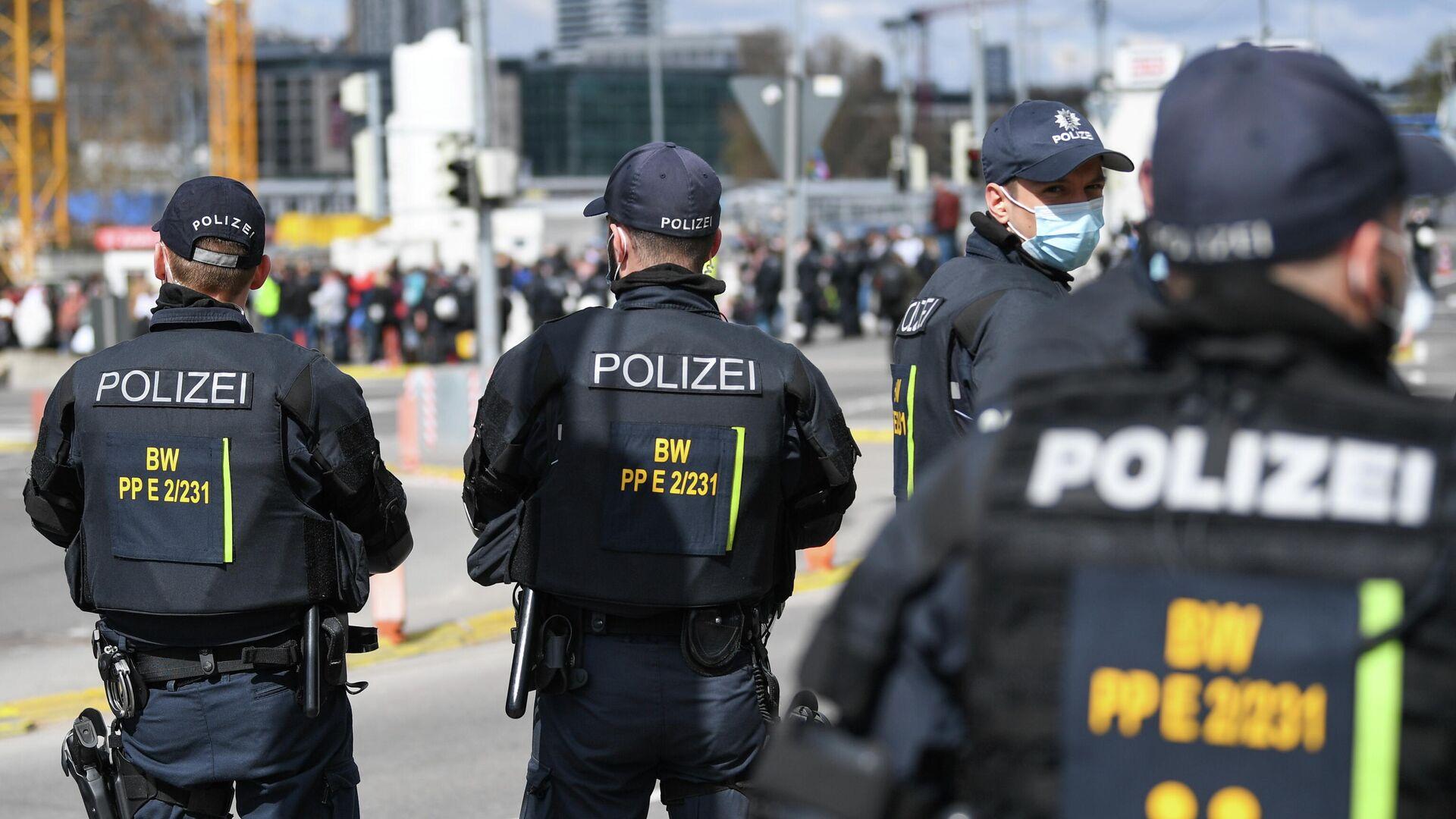 Polizei bei den Protesten gegen die Corona-Politik in Stuttgart, 3. April 2021 - SNA, 1920, 28.04.2021