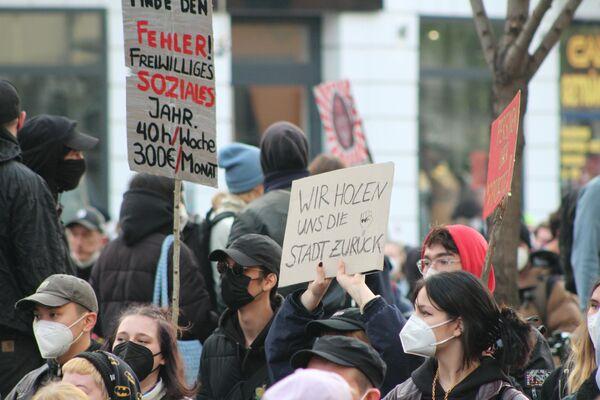 Demo am Ersten Mai in Berlin. - SNA