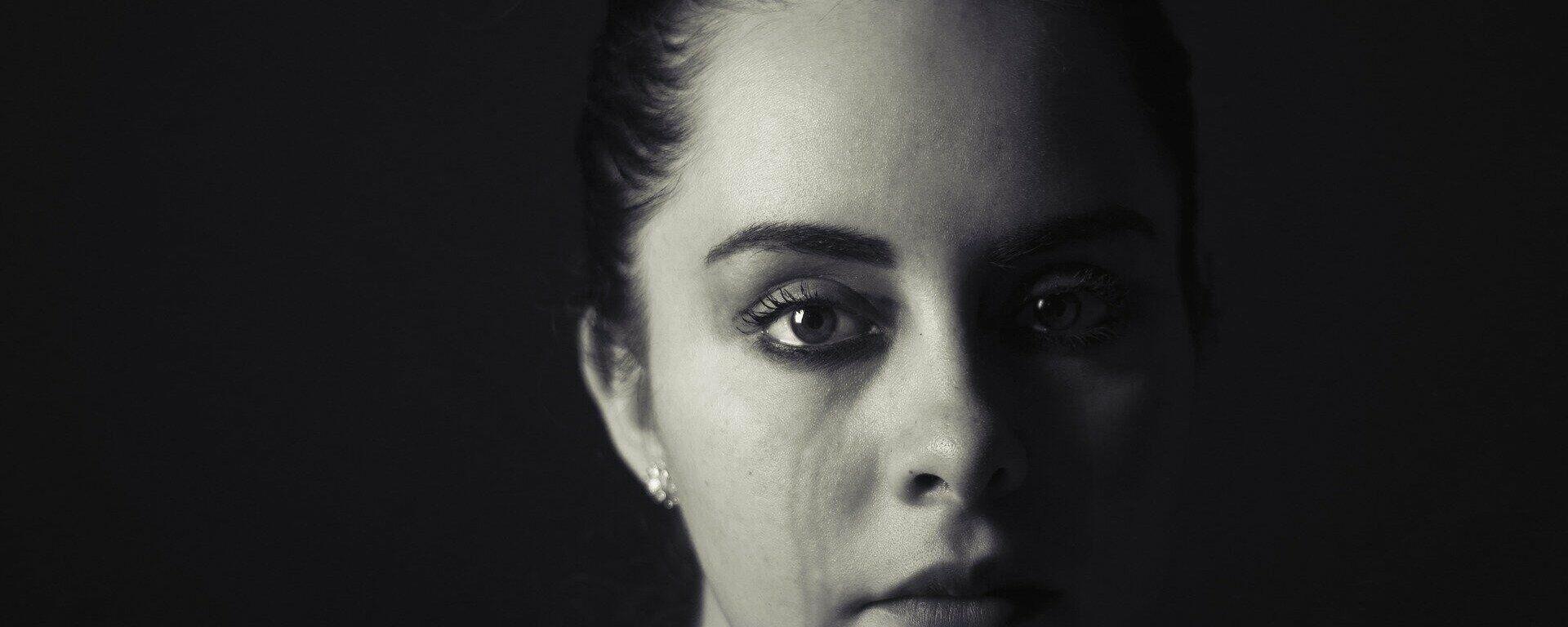 Weinende Frau (Symbolbild) - SNA, 1920, 09.10.2021