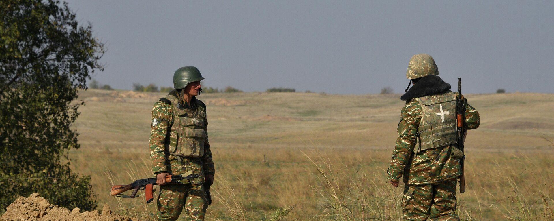Armenische Soldaten patrouillieren Waffenstillstandslinie zwischen Armenien und Aserbaidschan - SNA, 1920, 27.05.2021