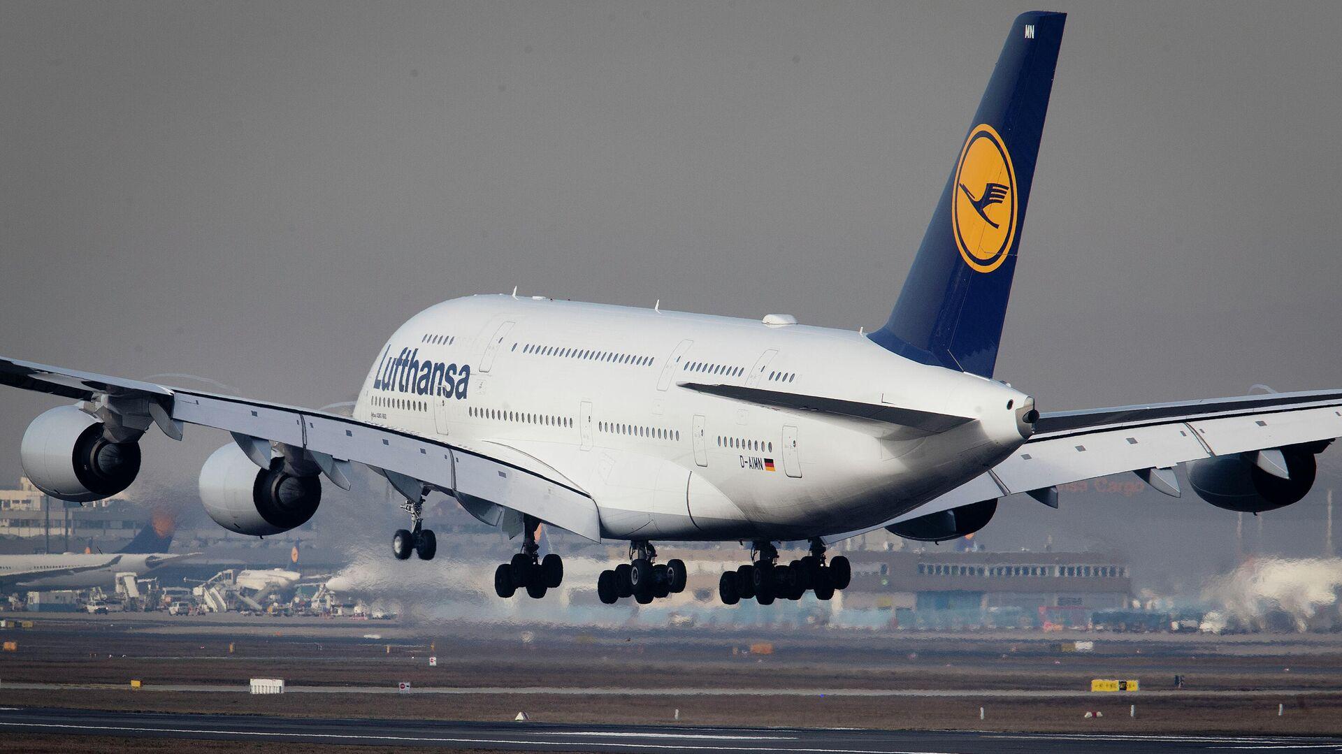 Eine Lufthansa-A380 beim Landeanflug in Frankfurt (Archiv) - SNA, 1920, 03.10.2021