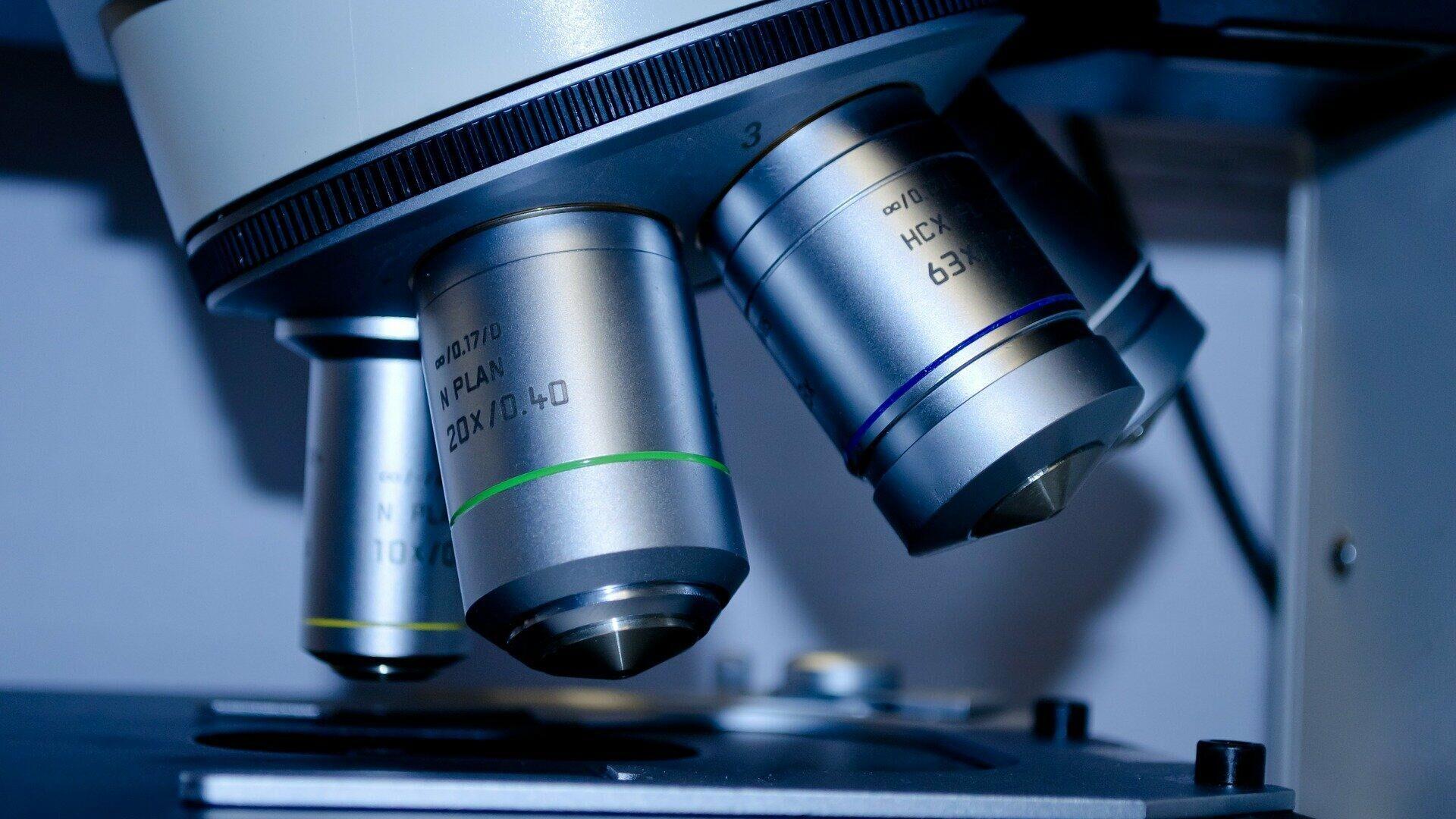Mikroskop (Symbolbild) - SNA, 1920, 21.07.2021