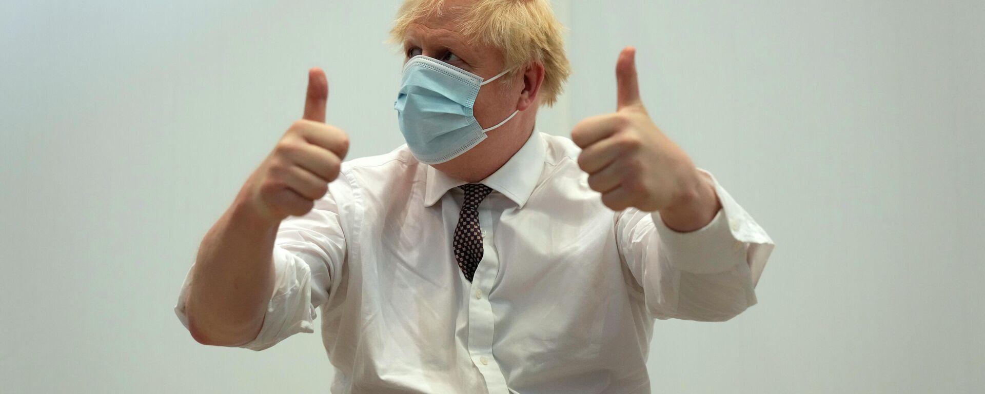Boris Johnson nach seiner zweiten Impfung mit Astrazeneca - SNA, 1920, 04.07.2021