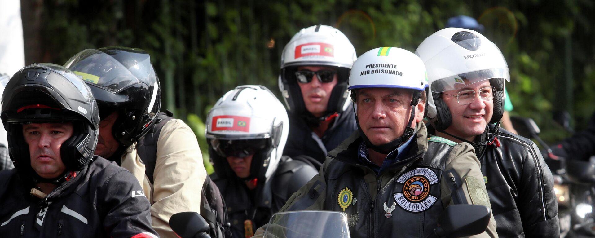 Brasiliens Präsident Bolsonaro führt Autokorso in Sao Paulo an - SNA, 1920, 13.06.2021