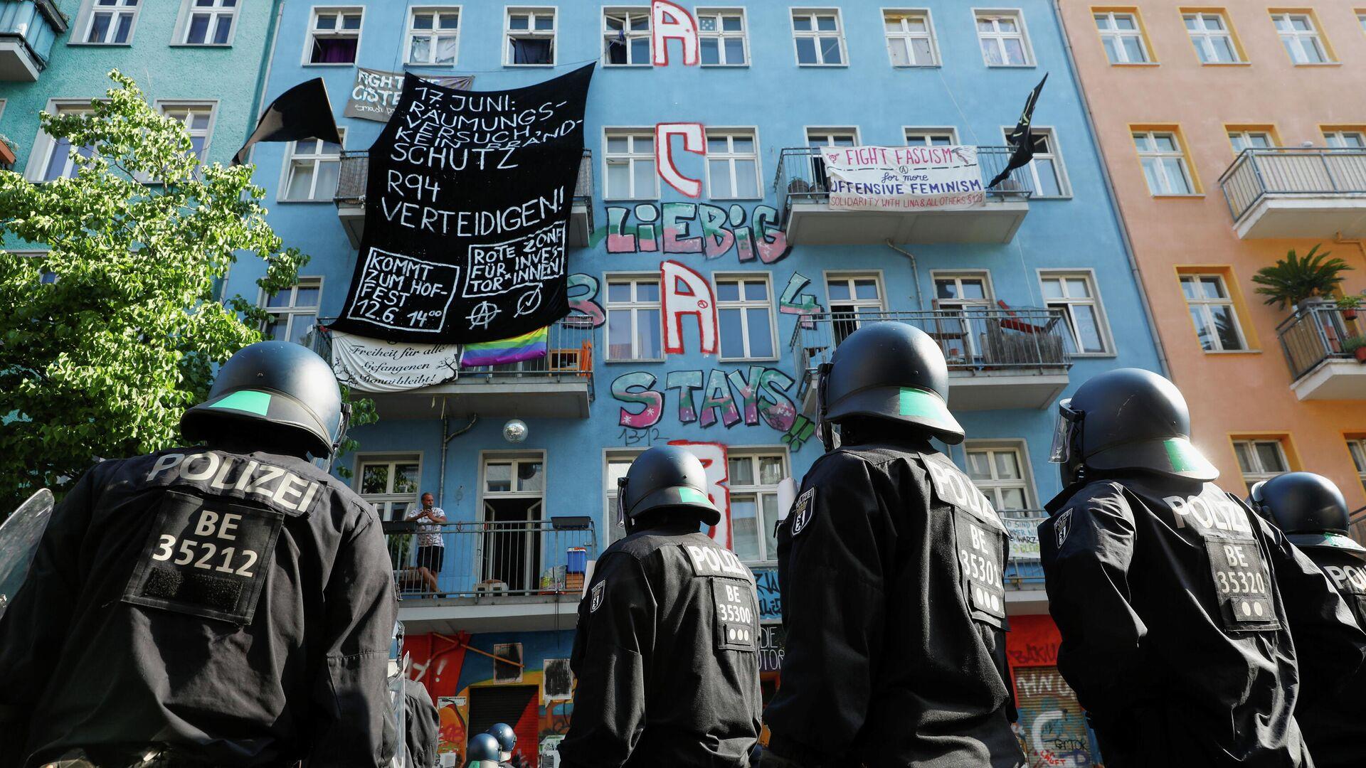 Polizeieinsatz in Rigaer-Straße am 17. Juni 2021, Berlin, Deutschland - SNA, 1920, 10.07.2021