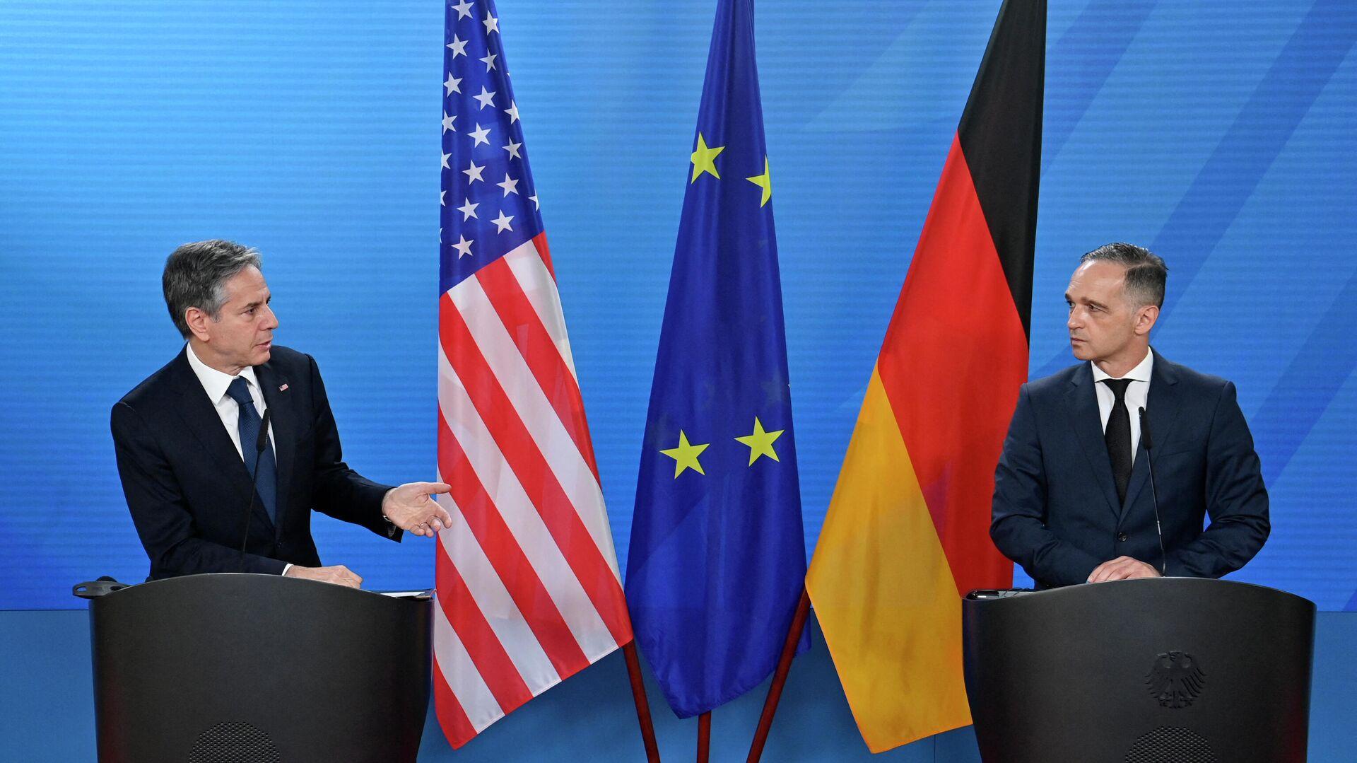 Bundesaußenminister Heiko Maas (R) und US-Außenminister Antony Blinken sprechen nach Gesprächen im Auswärtigen Amt in Berlin am 23. Juni 2021 auf einer gemeinsamen Pressekonferenz. - SNA, 1920, 23.06.2021