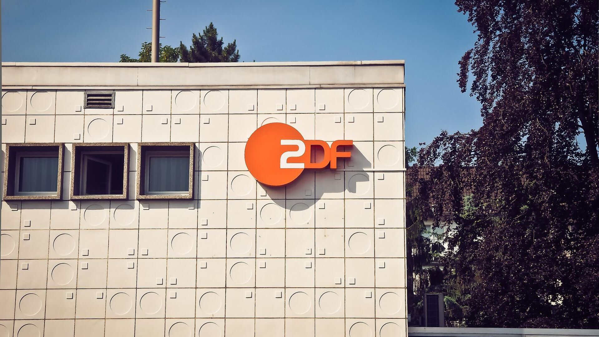 ZDF (Symbolbild) - SNA, 1920, 01.10.2021