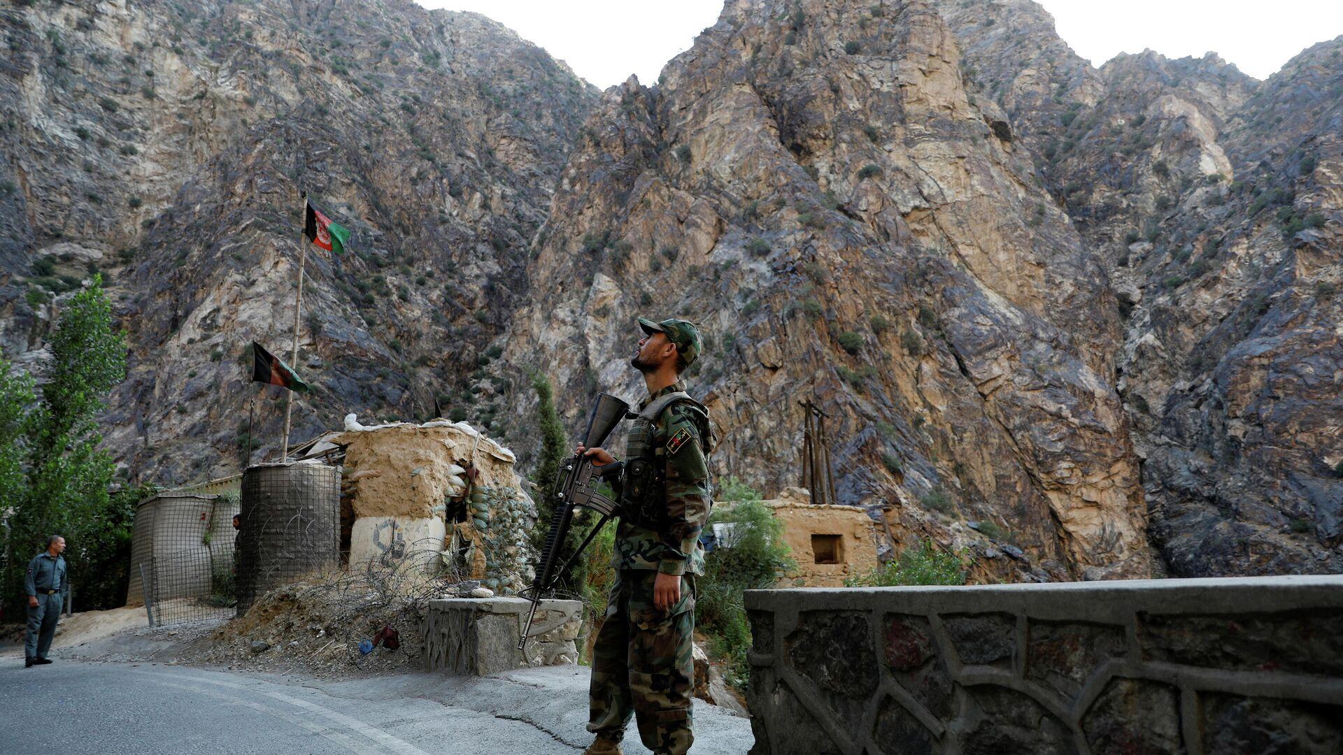 Soldat der afghanischen Nationalarmee an der Grenze des Landes - SNA, 1920, 14.07.2021