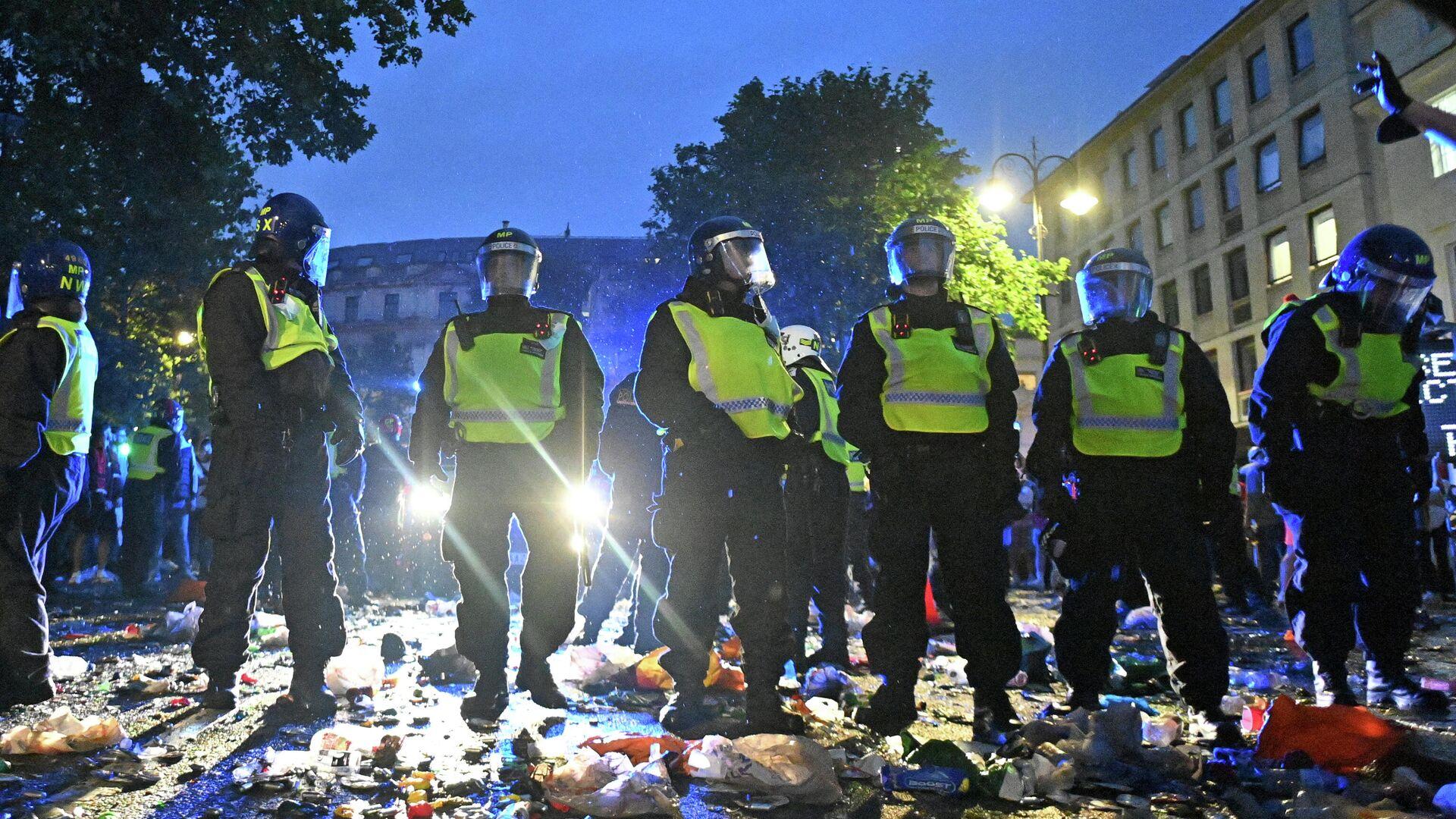 Polizisten am Trafalgar Square in London nach dem EM-Finale - SNA, 1920, 12.07.2021