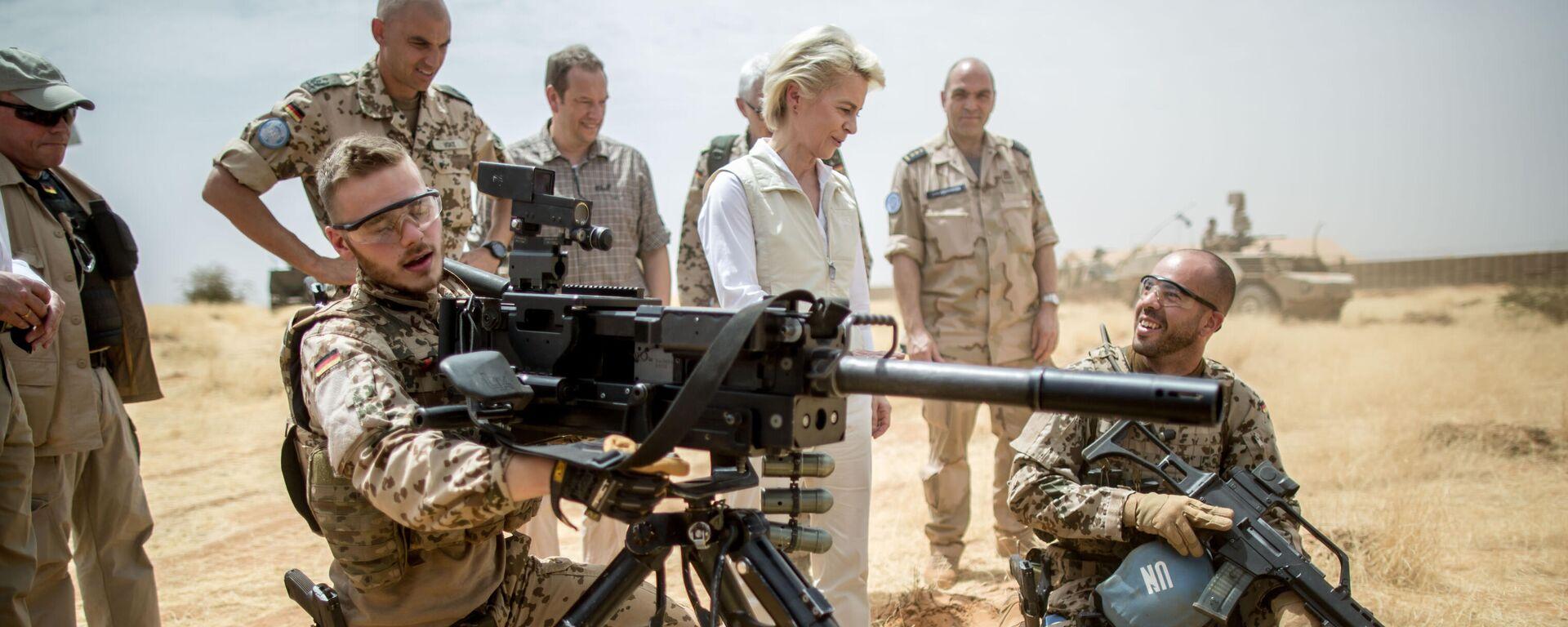 Damalige Verteidigungsministerin Ursula von der Leyen besucht Bundeswehrsoldaten in Mali (Archivbild) - SNA, 1920, 18.07.2021