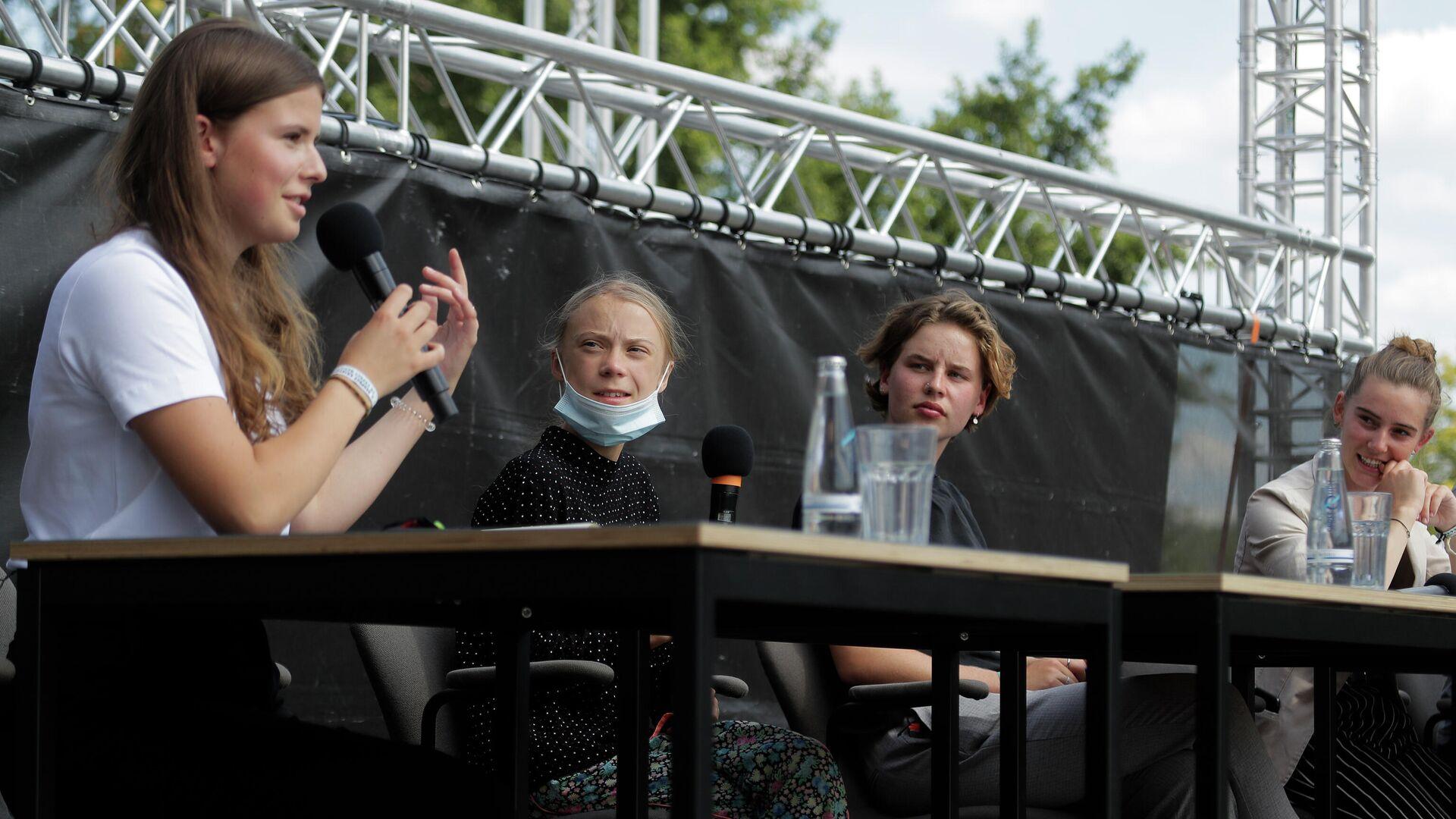 Luisa Neubauer, Greta Thunberg, Anuna de Wever und Adelaide Charlier in Berlin (Archiv) - SNA, 1920, 24.07.2021