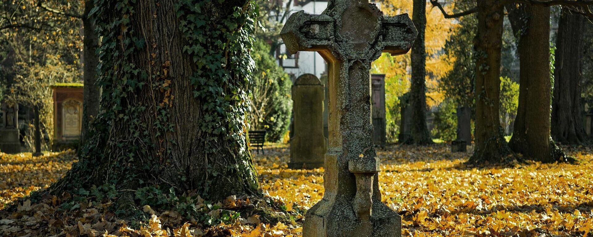 Friedhof (Symbolbild) - SNA, 1920, 27.07.2021
