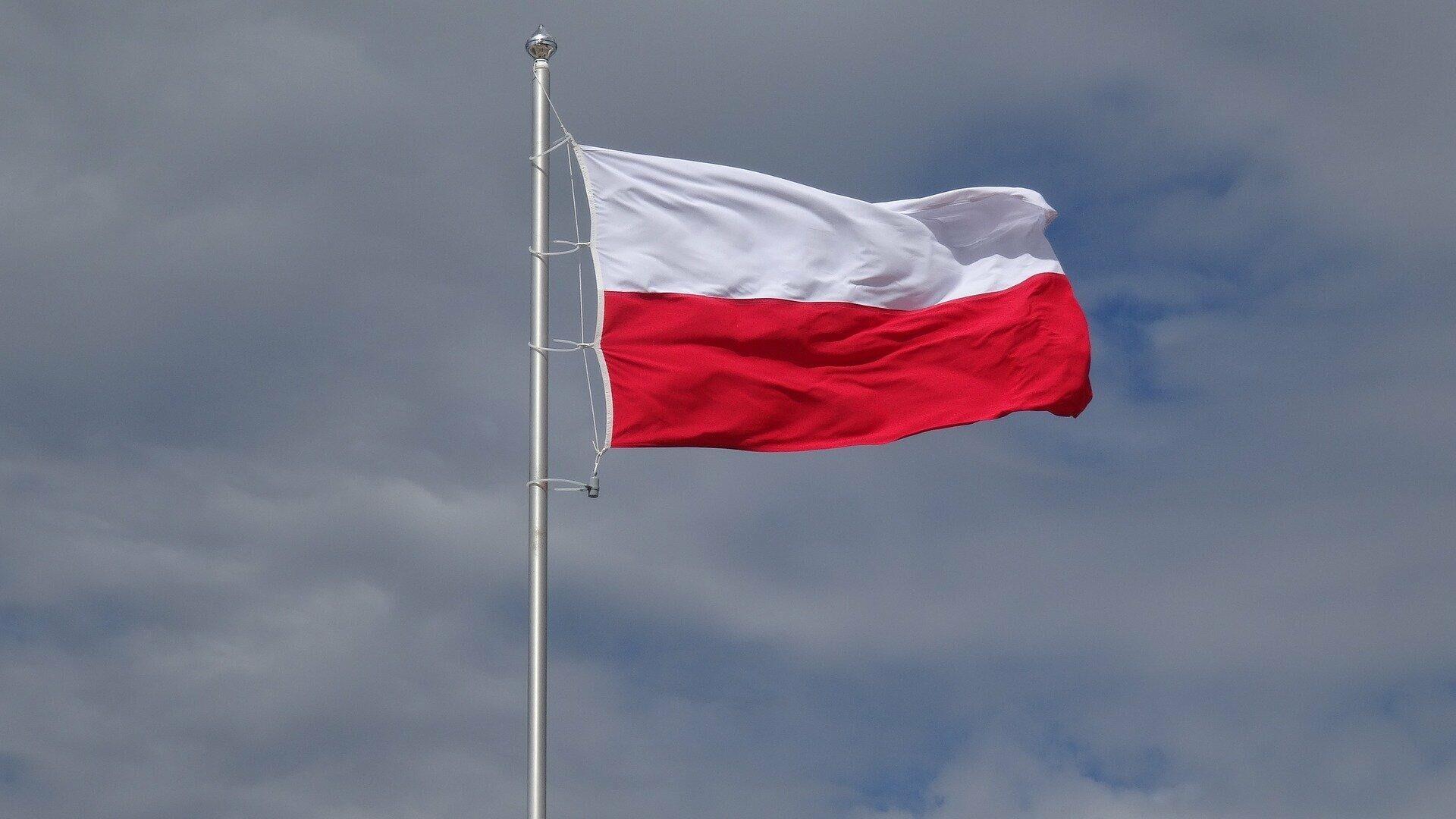 Polnische Flagge (Symbolbild) - SNA, 1920, 06.10.2021