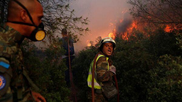 Тушение природных пожаров в северном пригороде Афин  - SNA