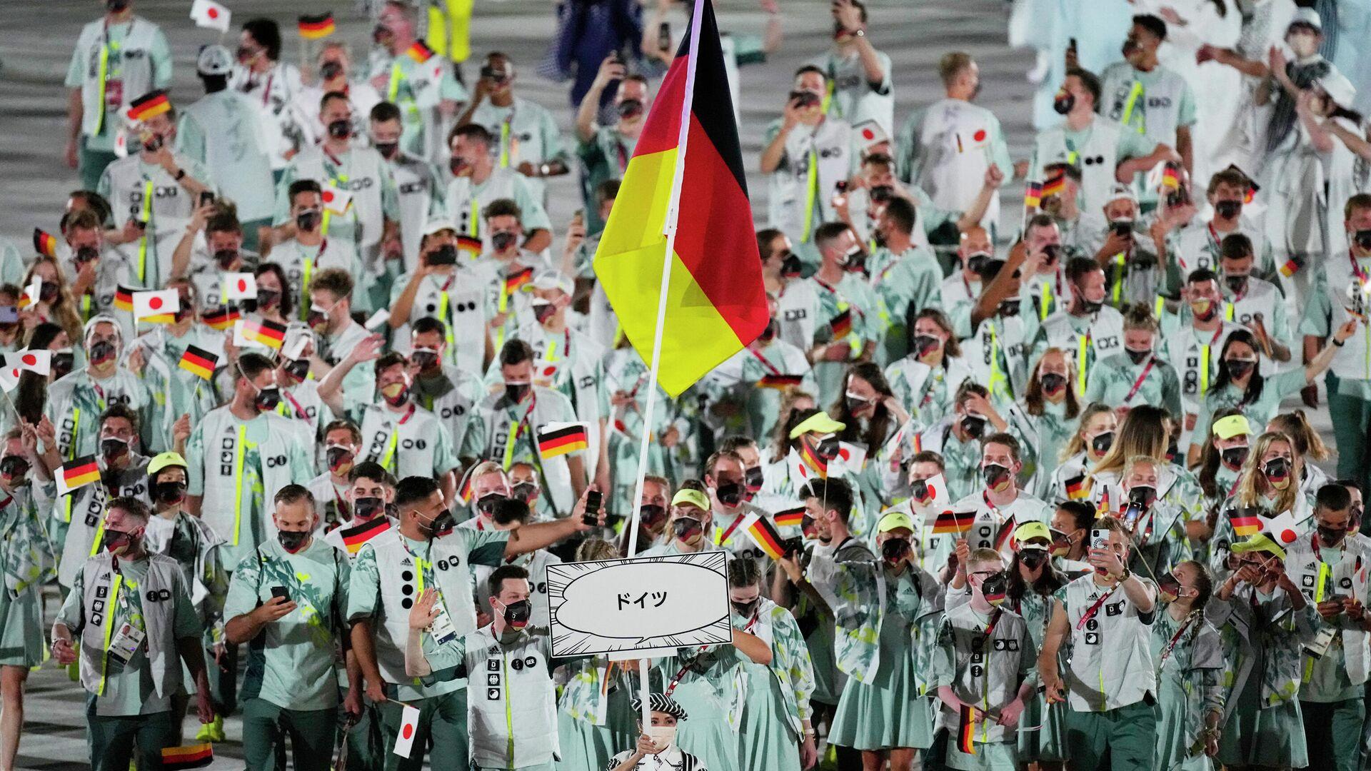 Deutsche Athleten ber der Eröffnungszeremonie der Olympischen Spiele in Tokio - SNA, 1920, 08.08.2021
