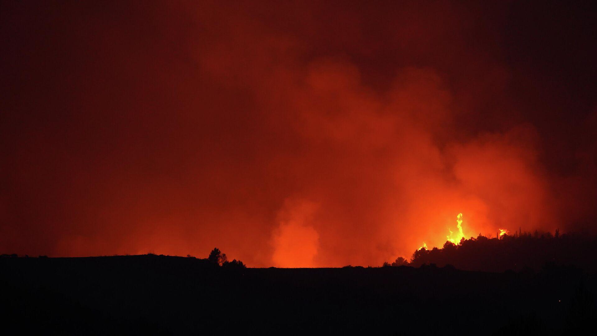 Waldbrände in Italien, der 11. August 2021 - SNA, 1920, 12.08.2021
