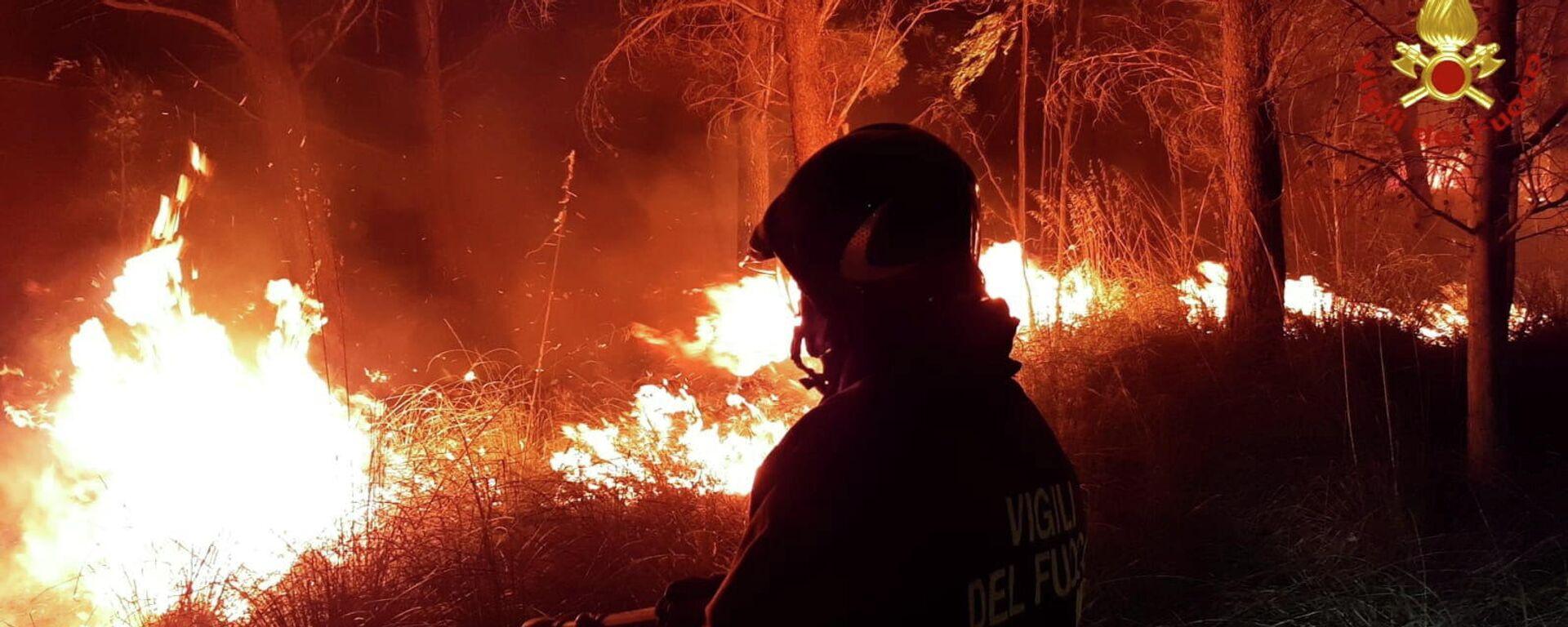 Waldbrände in Italien - SNA, 1920, 12.08.2021