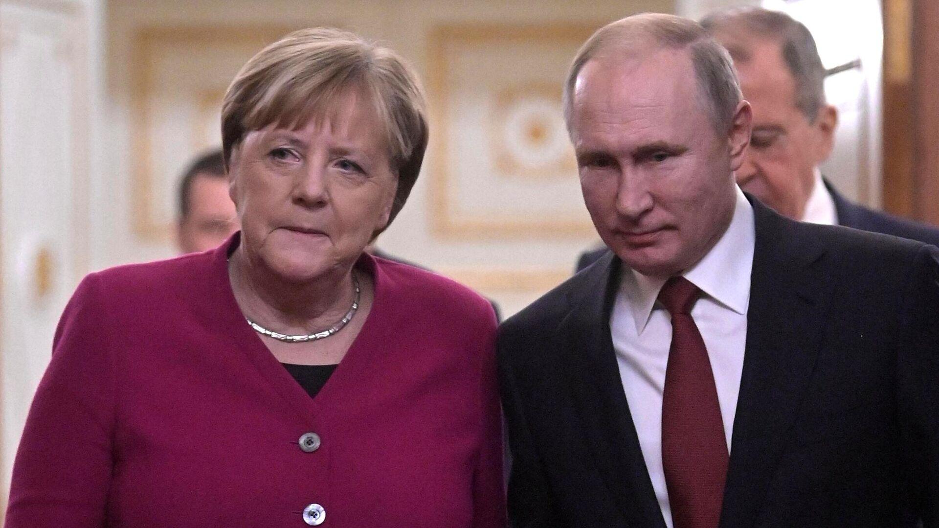 Angela Merkel und Wladimir Putin (Archivbild) - SNA, 1920, 13.08.2021