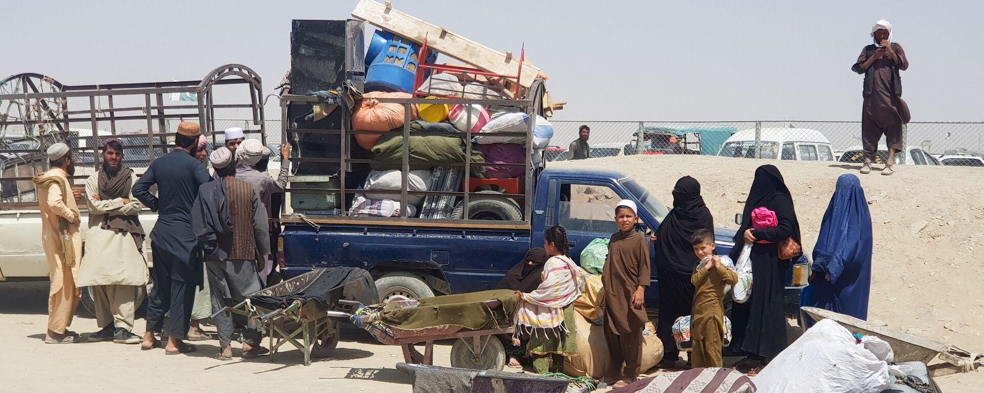 Afghanen fliehen nach Pakistan - SNA, 1920, 06.09.2021