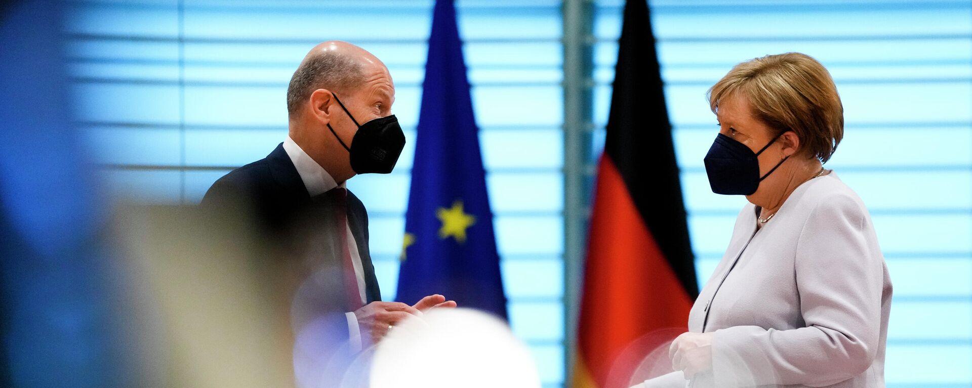 SPD-Kanzlerkandidat Olaf Scholz und Kanzlerin Angela Merkel - SNA, 1920, 01.09.2021