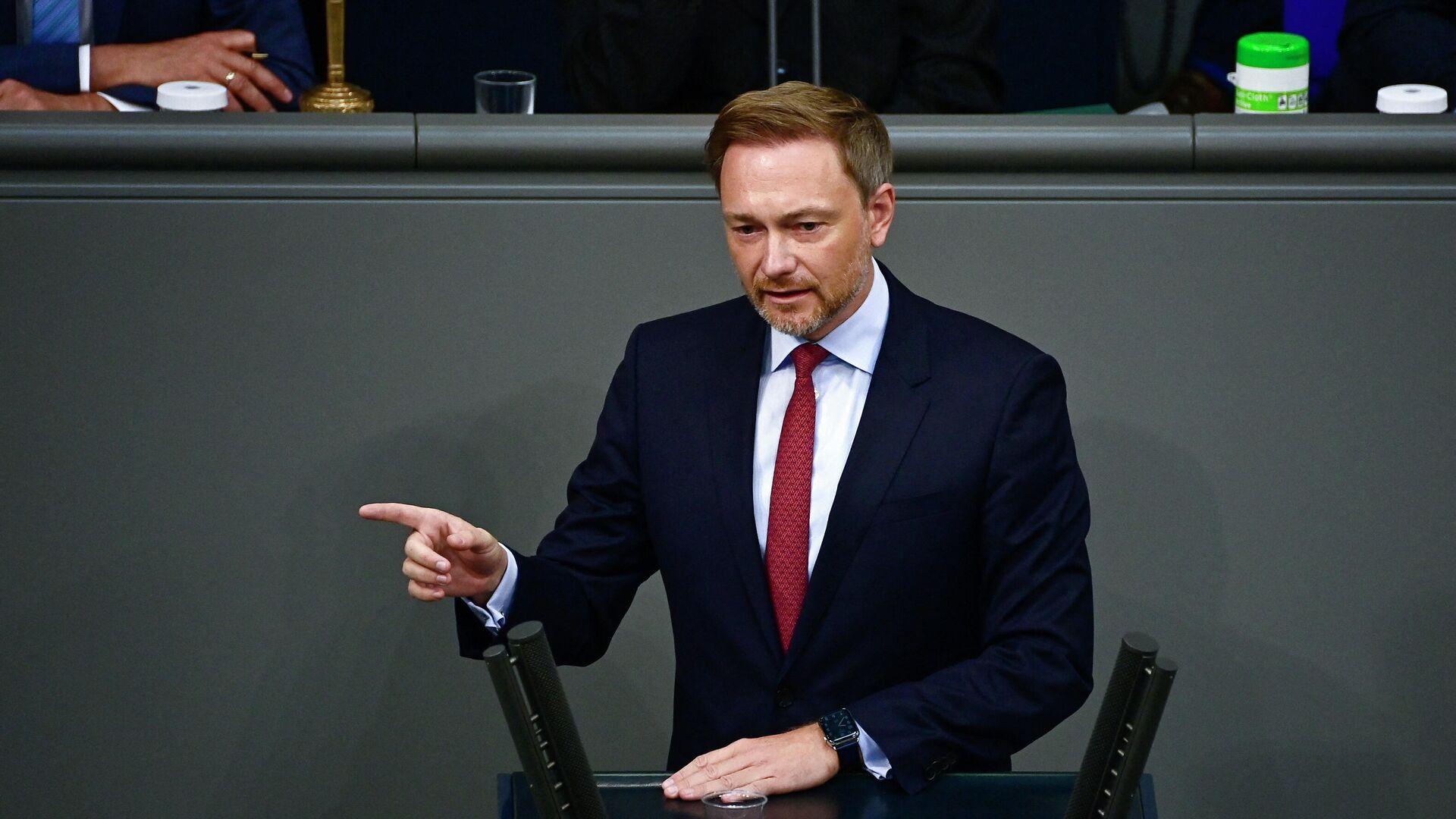 Der Vorsitzende der Freien Demokratischen Partei (FDP) und Spitzenkandidat für die Wahlen im September, Christian Lindner, spricht bei seiner Rede vor dem Bundestag in Berlin am 24. Juni 2021. - SNA, 1920, 03.09.2021