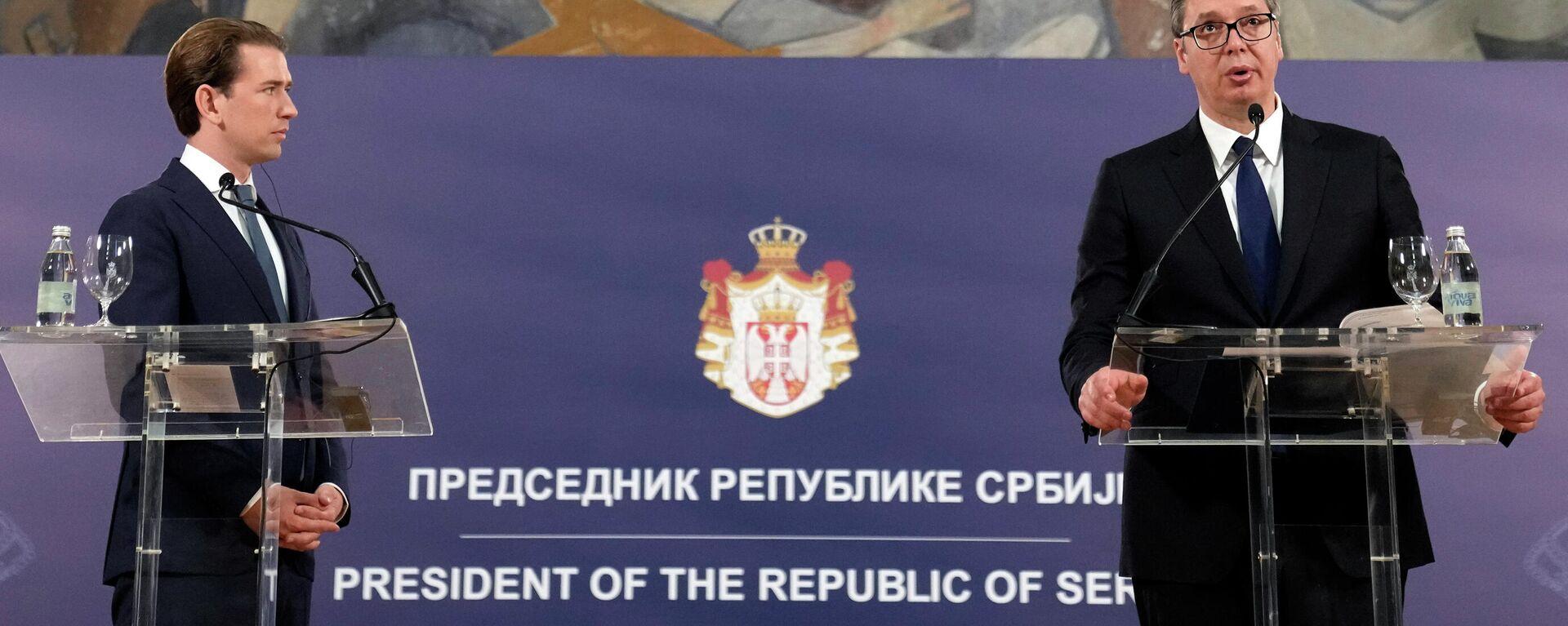 Kanzler Kurz und Präsident Vucic auf einer Pressekonferenz - SNA, 1920, 04.09.2021