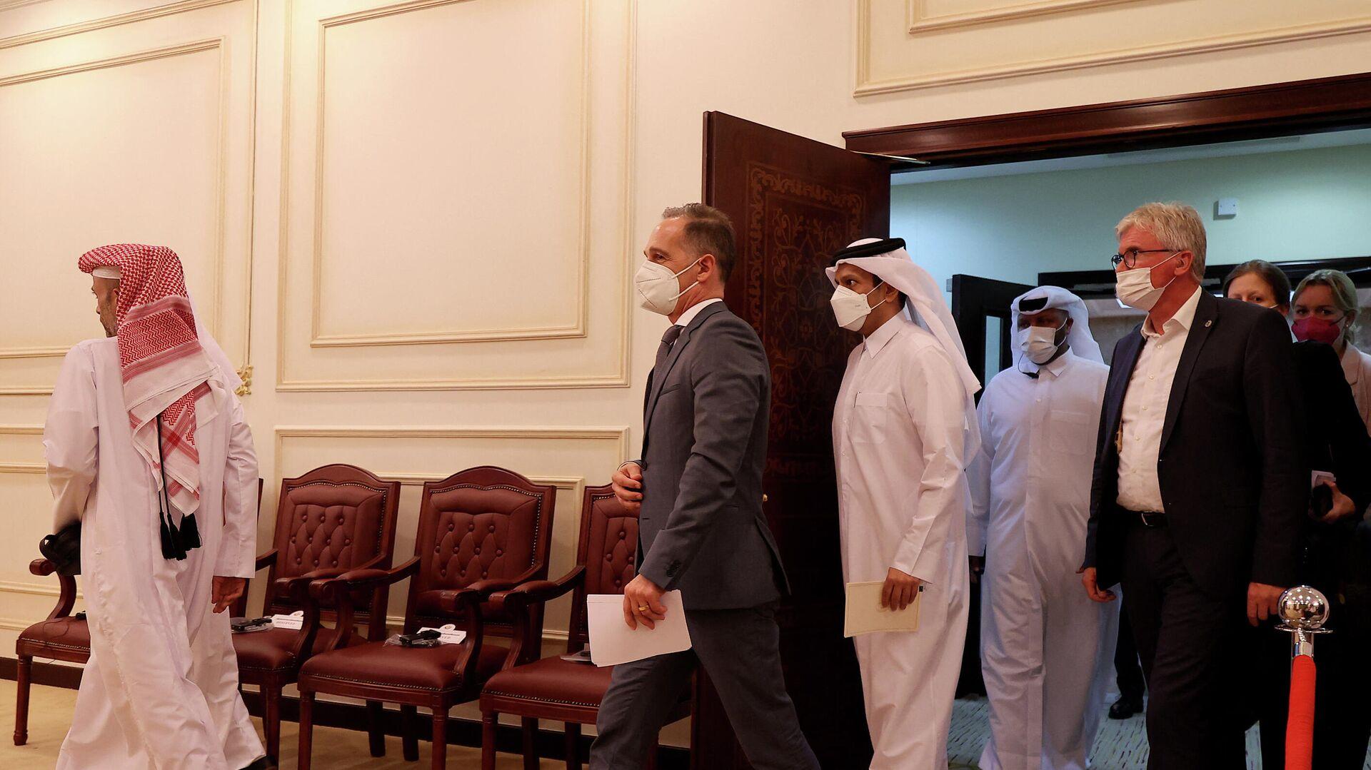 Bundesaußenminister Heiko Maas und sein katarischer Amtskollege Scheich Mohammed bin Abdulrahman al-Thani bei einem Treffen in Doha am 31. August, wo sie die Taliban zur Bekämpfung von Terrorismus sowie zur Bildung einer inklisiven Regierung aufgefordert haben. Symbolfoto. - SNA, 1920, 06.09.2021