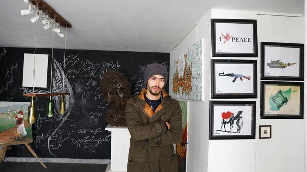 25-летний художник Mahdi Zahak в Кабуле, Афганистан - SNA