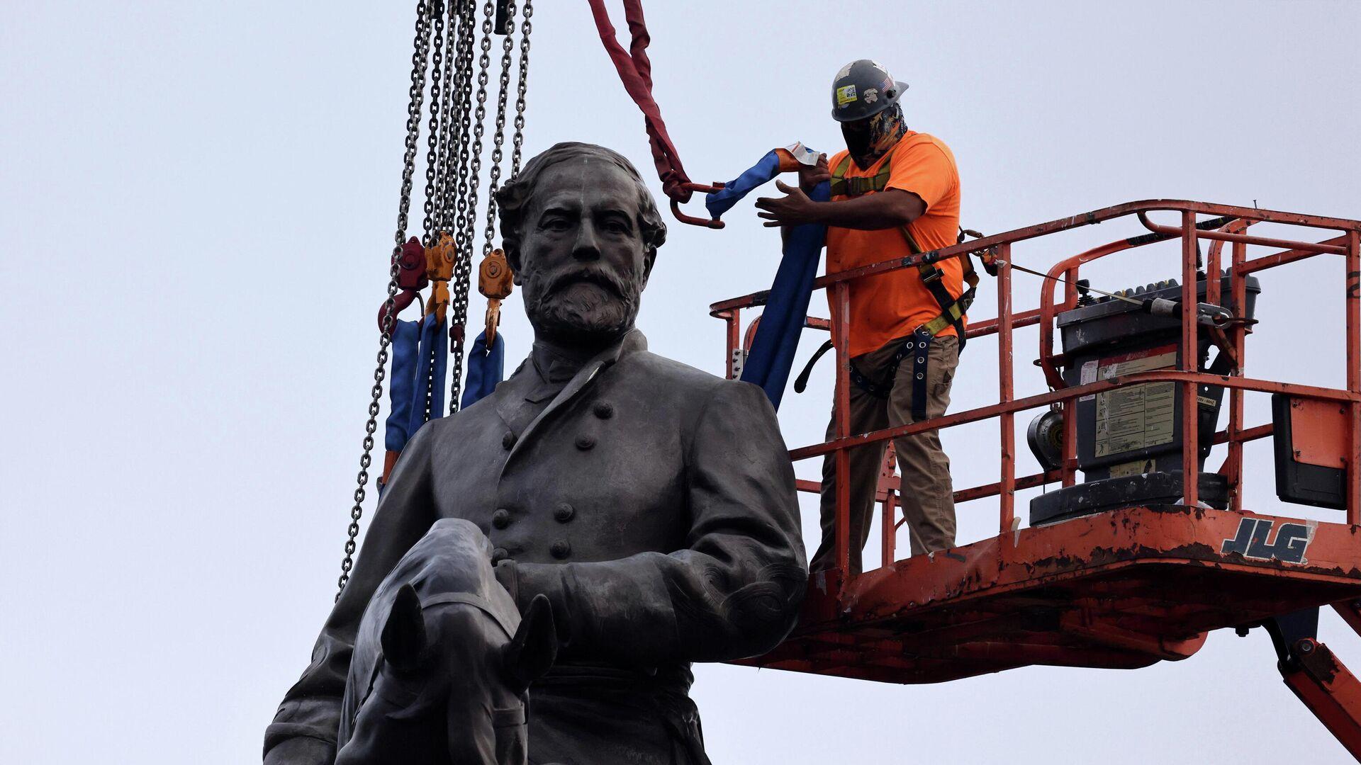 Entfernung des Denkmals für Südstaaten-General Lee in Richmond - SNA, 1920, 08.09.2021