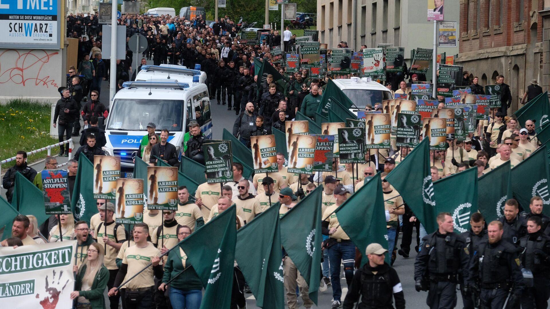 Demonstration von Mitgliedern und Anhängern der rechtsextremen Partei Der Dritte Weg. Plauen, 1. Mai 2019 - SNA, 1920, 21.09.2021