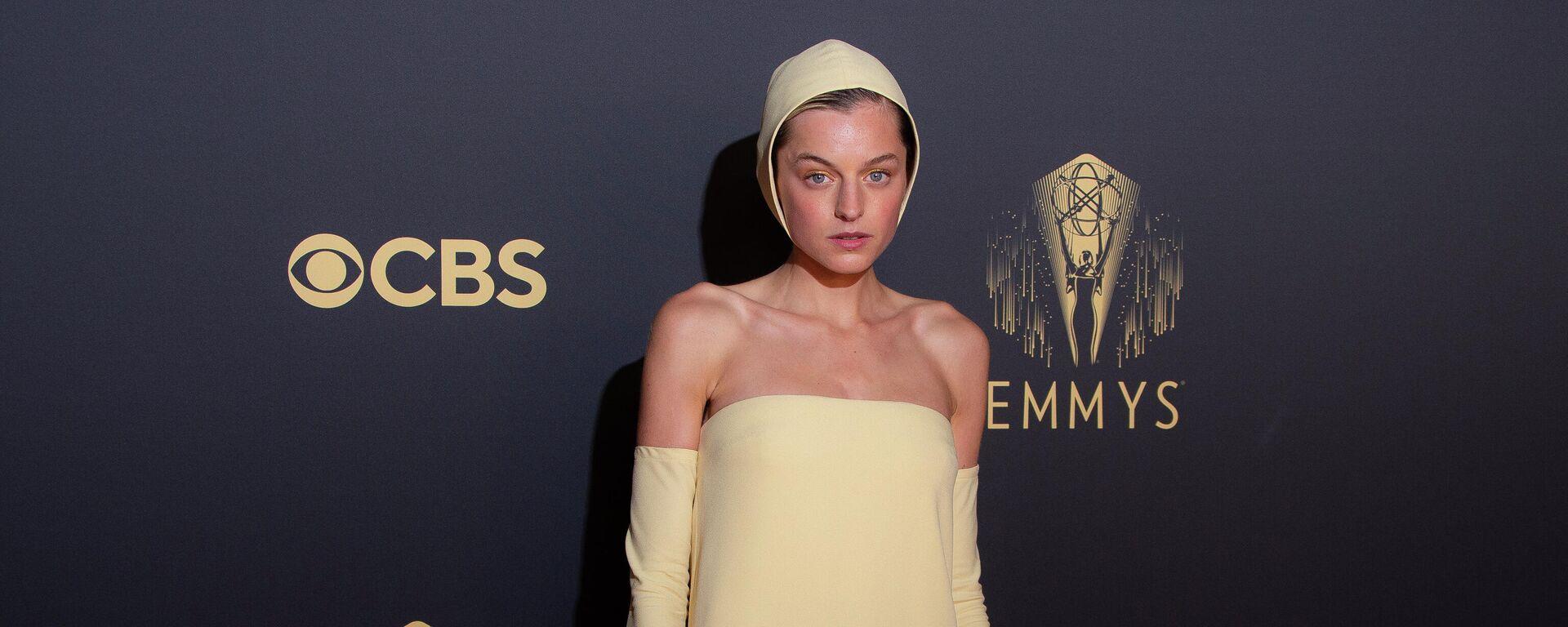 Englische Schauspielerin Emma Corrin bei Emmy Awards 2021 - SNA, 1920, 21.09.2021